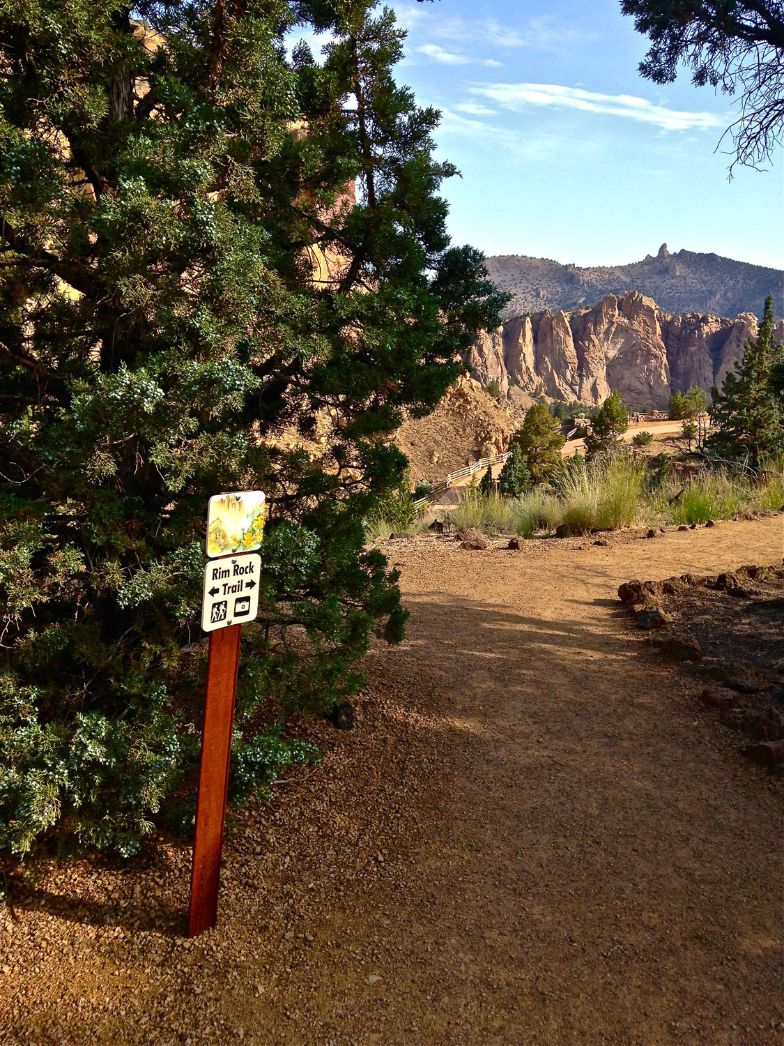 Signage along the Rim Rock Trail at Smith Rock State Park as you approach the path to the campground.