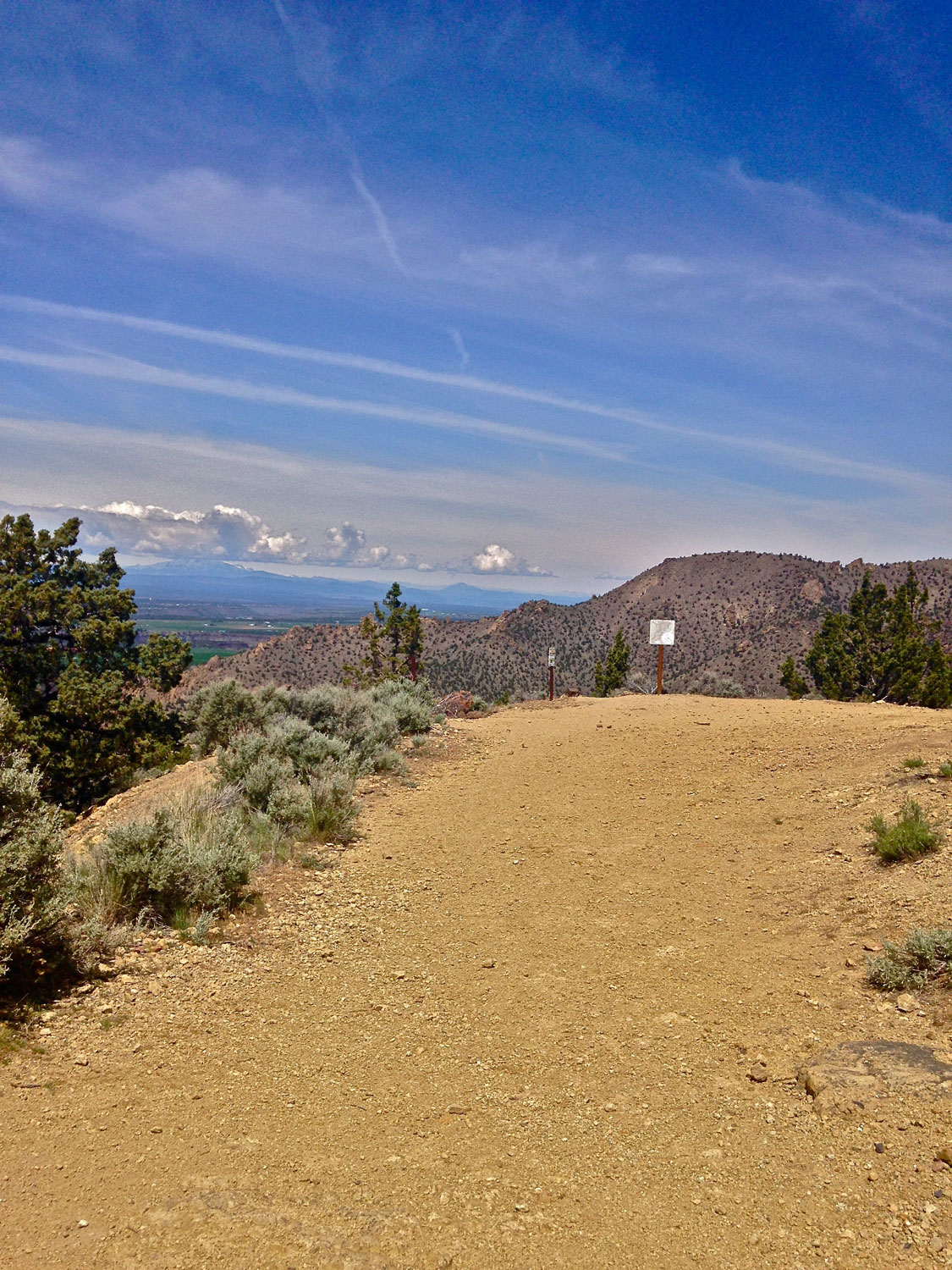 The summit of the Burma Road tops out at the junction of the Summit Trail back into Smith Rock State Park.