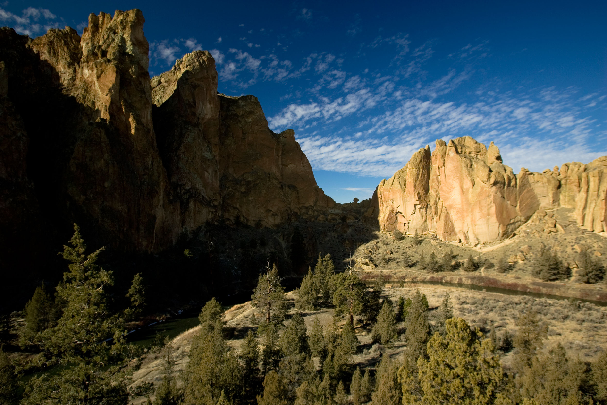 mid-day winter sun on the Smith Rock Group, Asterisk Pass, Christian Brothers and the Dihedrals