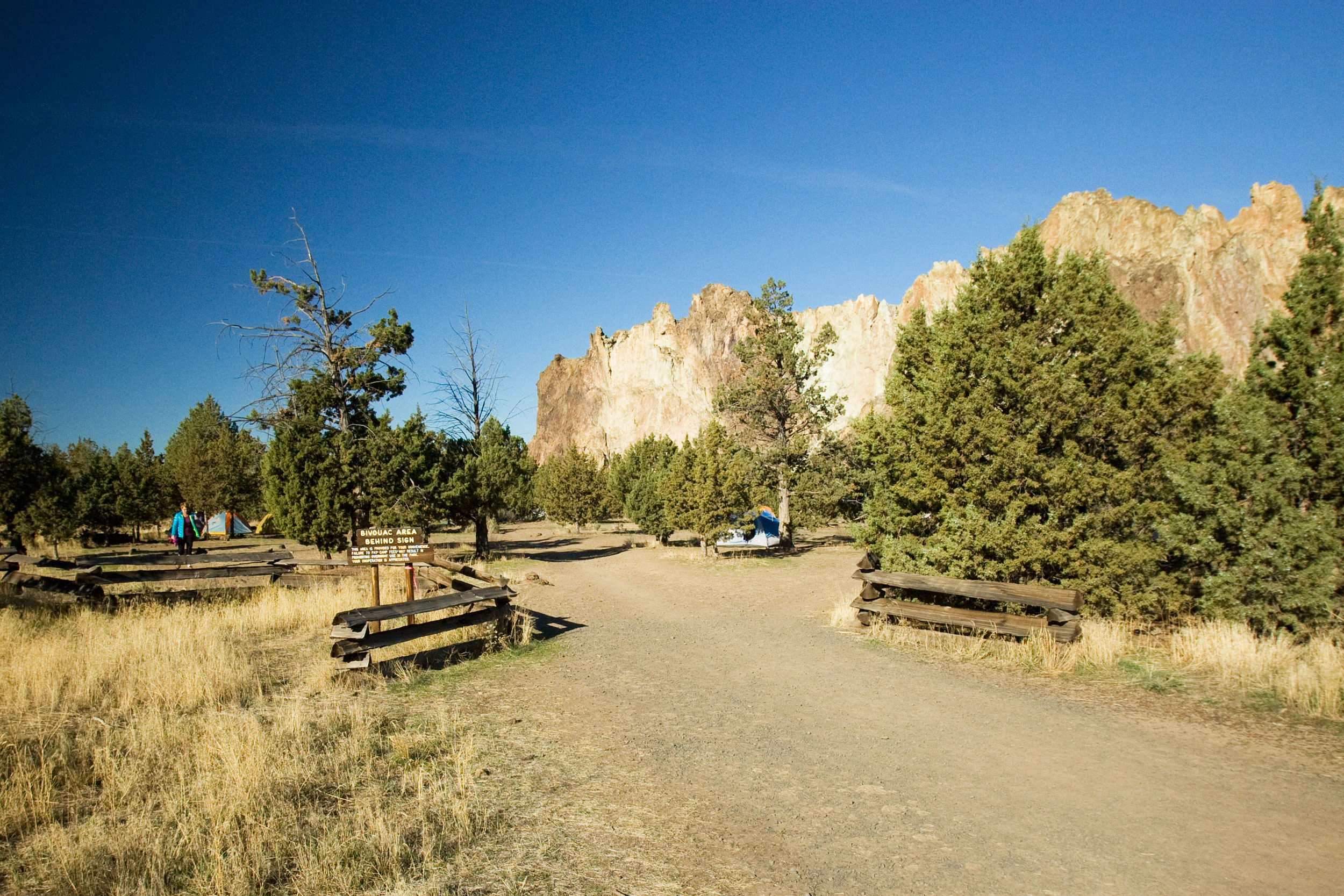 entrance to the camping area of the Bivy campground at Smith Rock State Park