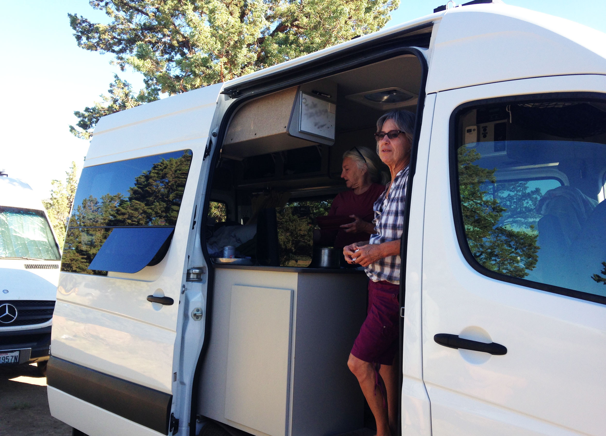 RV camping at Skull Hollow Campground