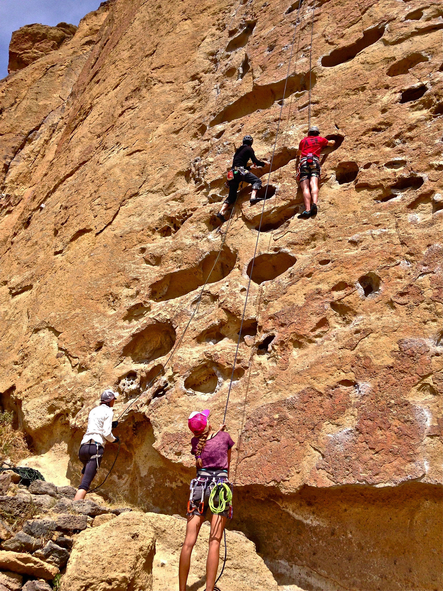 climbers on Five Gallon Buckets on Morning Glory Wall at Smith Rock State Park
