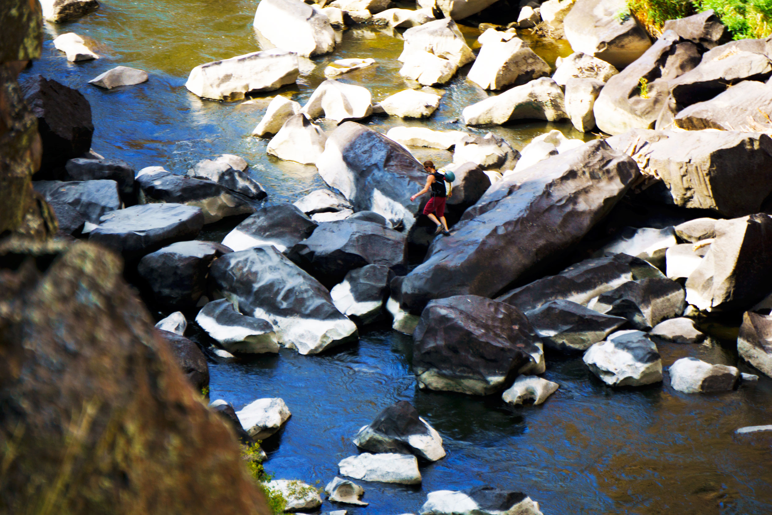 climberscrookedriverbouldercrossinglowergorge