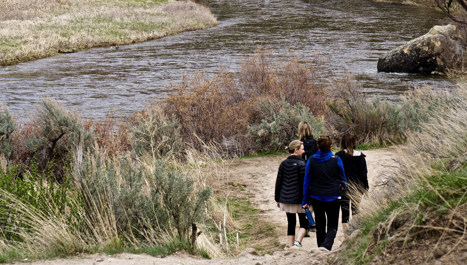 hiking along the River Trail at Smith Rock State Park