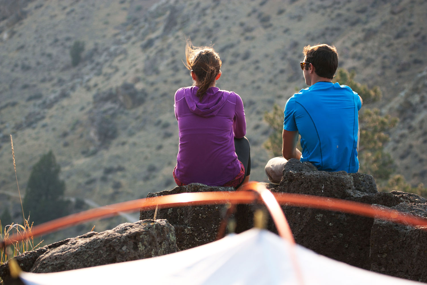 campers on the Bivy Rim overlooking the Crooked River gorge below