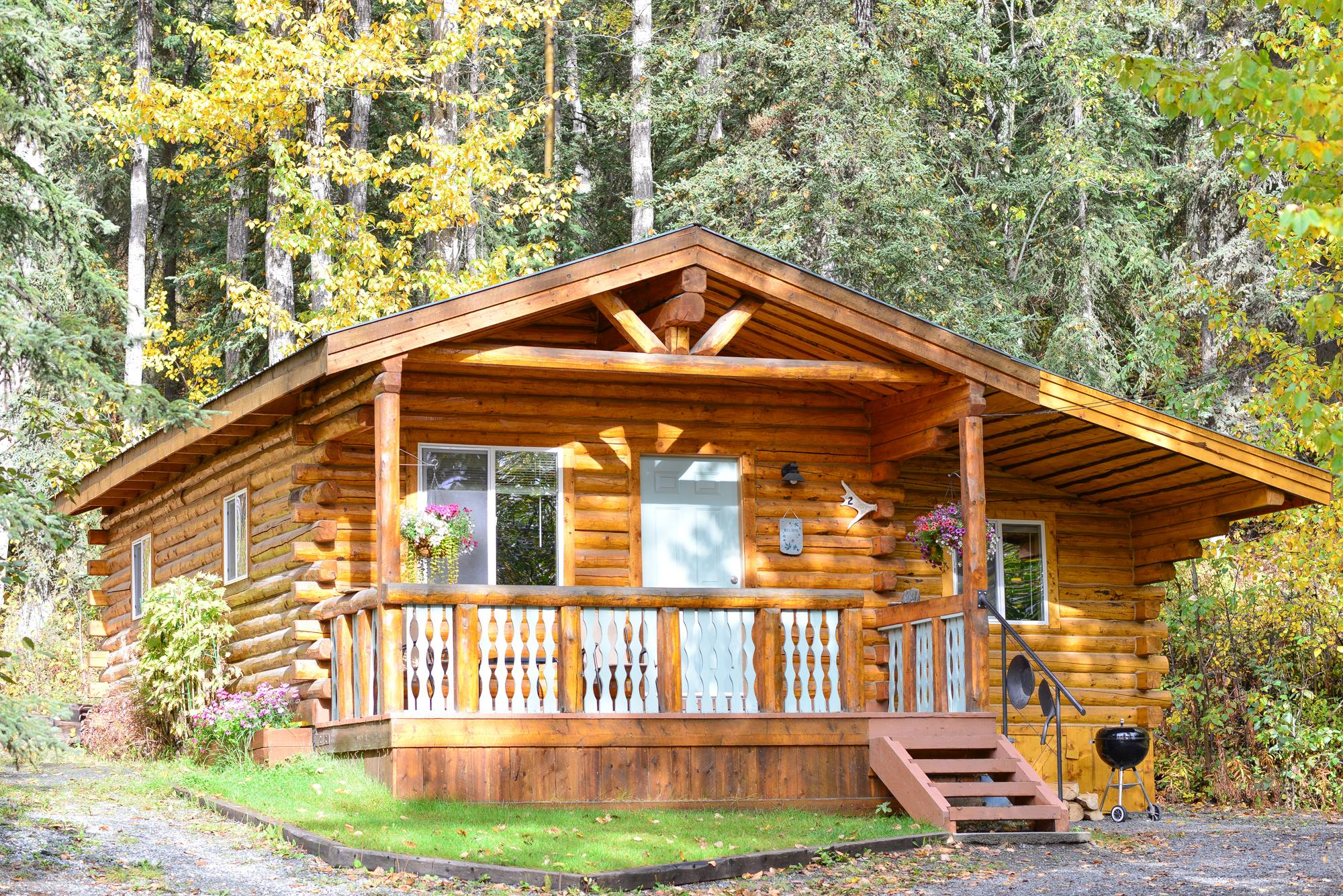 Homestead Guest Cabins charming Timber View Cabin #2