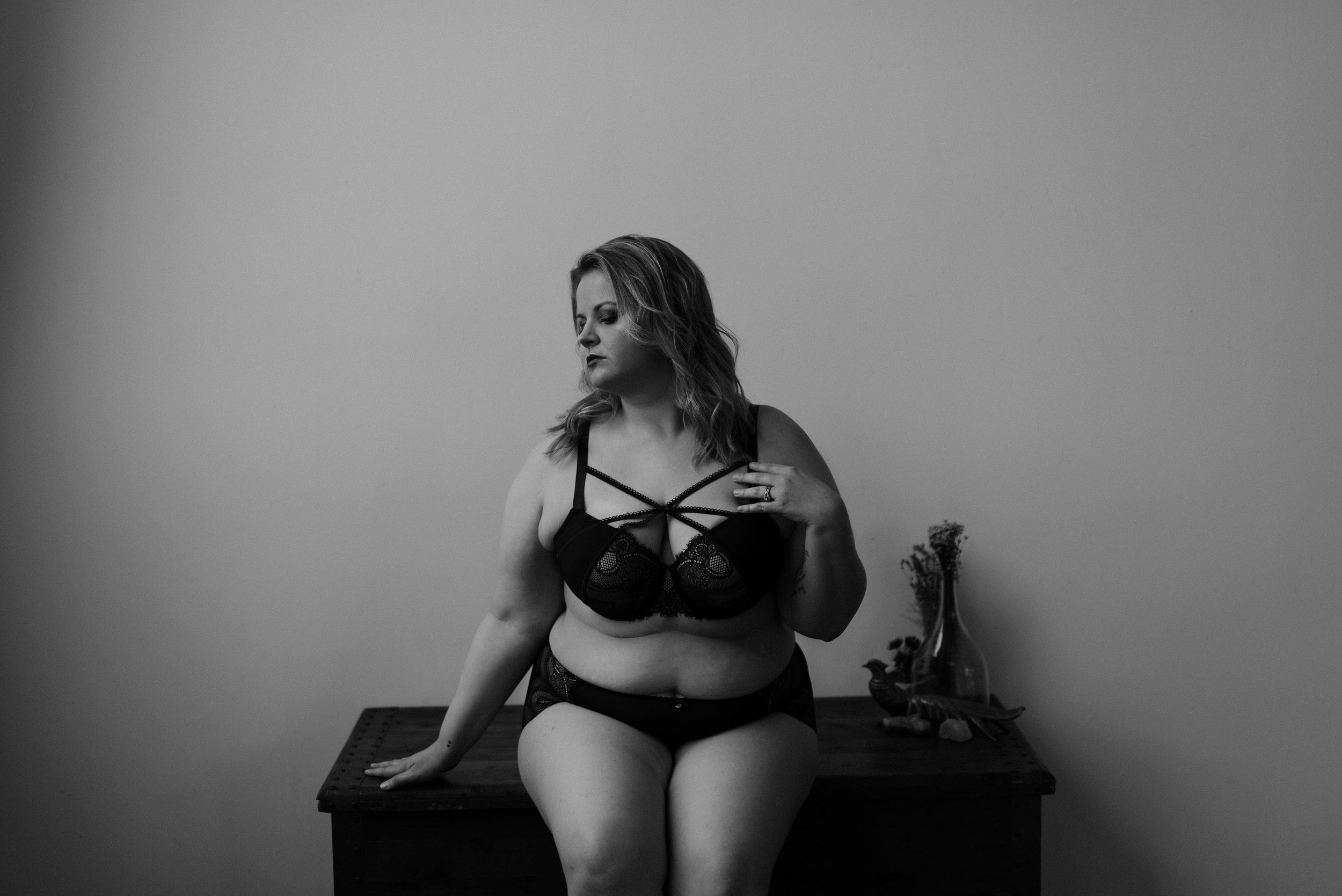a lil about me - I started on my own self love journey in 2017. At 31 years old, I refused to spend the rest of my life hating my body and decided it was time to start loving my body and all it does for me. I always wanted to focus on shooting boudoir but now my mission is more than that. I want, more than anything, to make a difference. To change perceptions of beauty and show the world how damn magical women are. That's when I decided to focus on empowering women to love themselves and embrace their bodies. Like what you're about to do, I have been in front of the camera and bared it all. I know exactly what you're about to experience. I'll be there with you every step of the way. I'll remind you to breathe, we'll dance, and we'll most definitely laugh! I'll show you how to pose so no worries there! ANY BODY CAN DO THESE SESSIONS. I will be your own personal hype woman! You'll probably hear me yell out YAAAAS at least a few times. Be prepared to be loved on. YOU GOT THIS!!