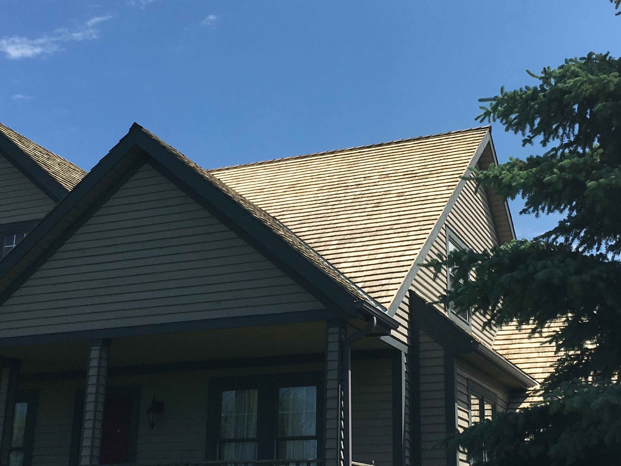 Cedar Roof Cleaning Mississauga, ON