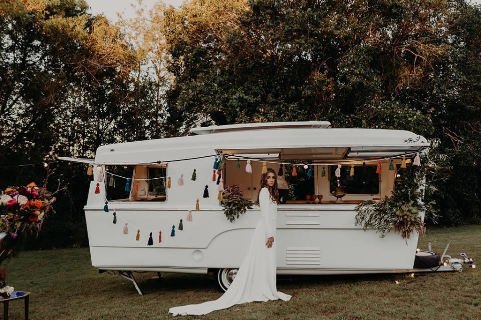 caravan bar wedding bar mobile bar.jpg