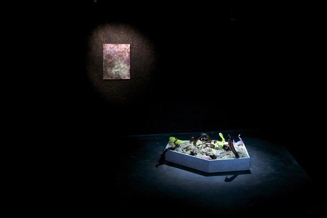 DARK ROOM @ Night Gallery