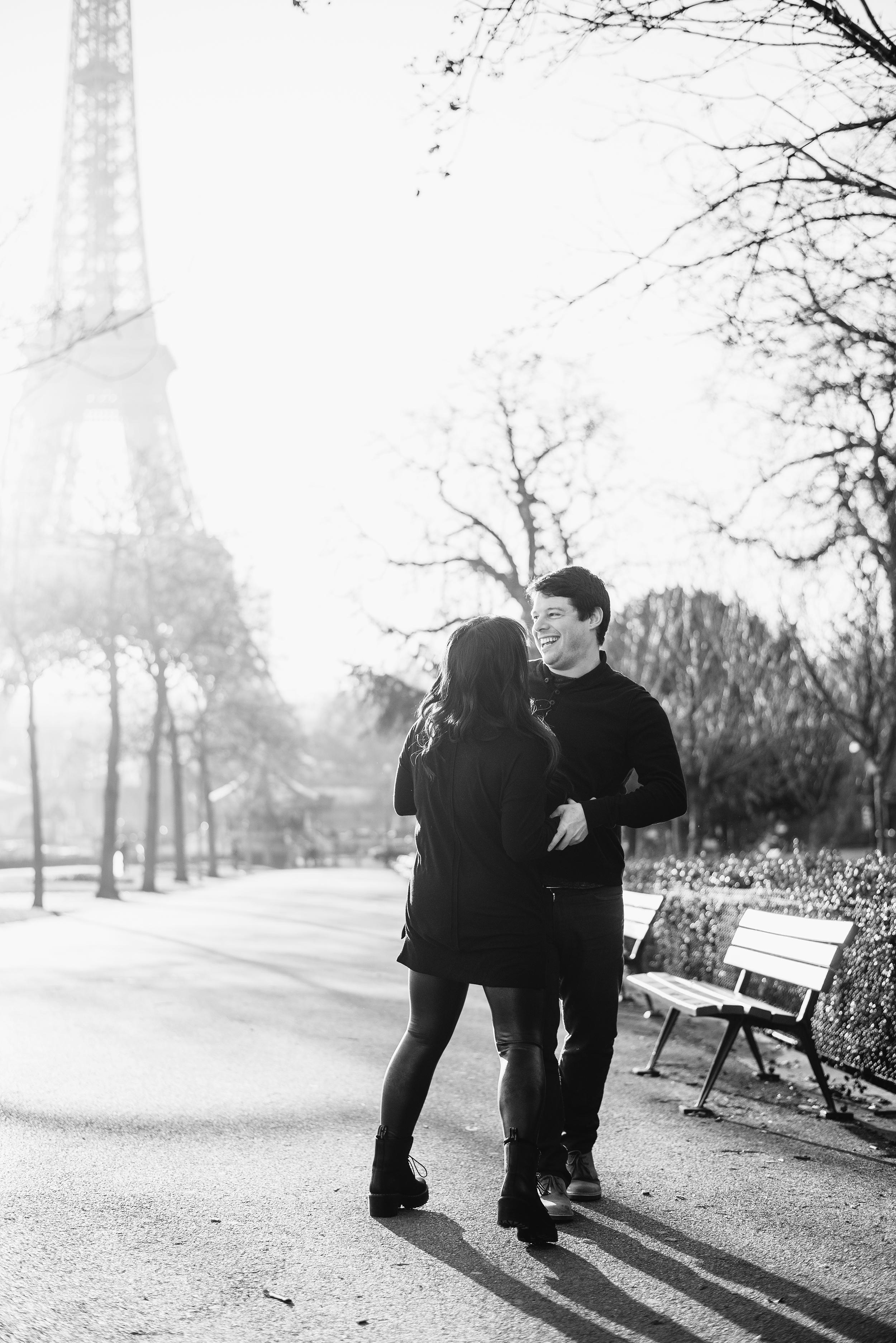 Anniversary-photoshoot-Paris-Trocadero-EiffelTower-Cafe-028.jpg