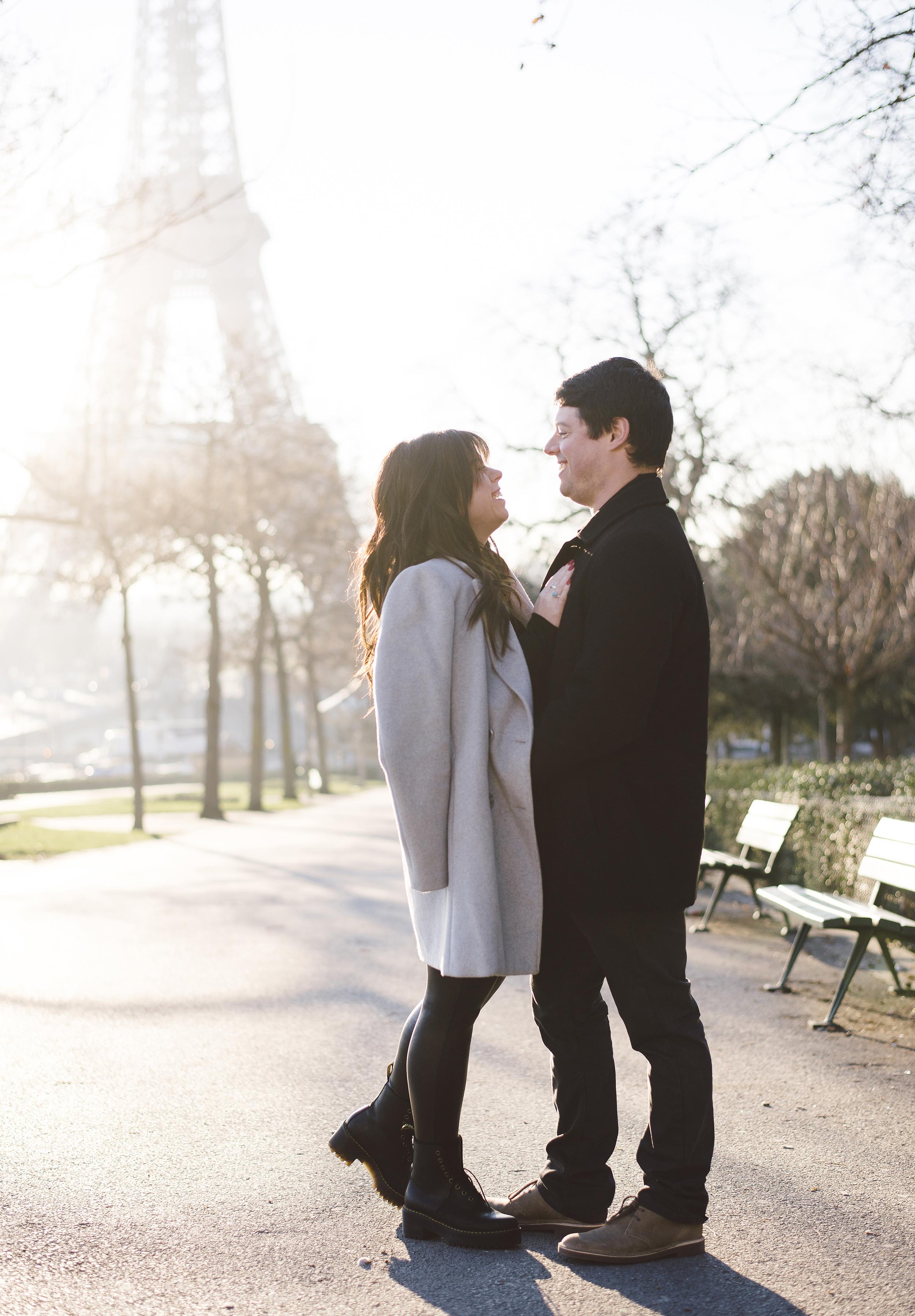 Anniversary-photoshoot-Paris-Trocadero-EiffelTower-Cafe-031.jpg
