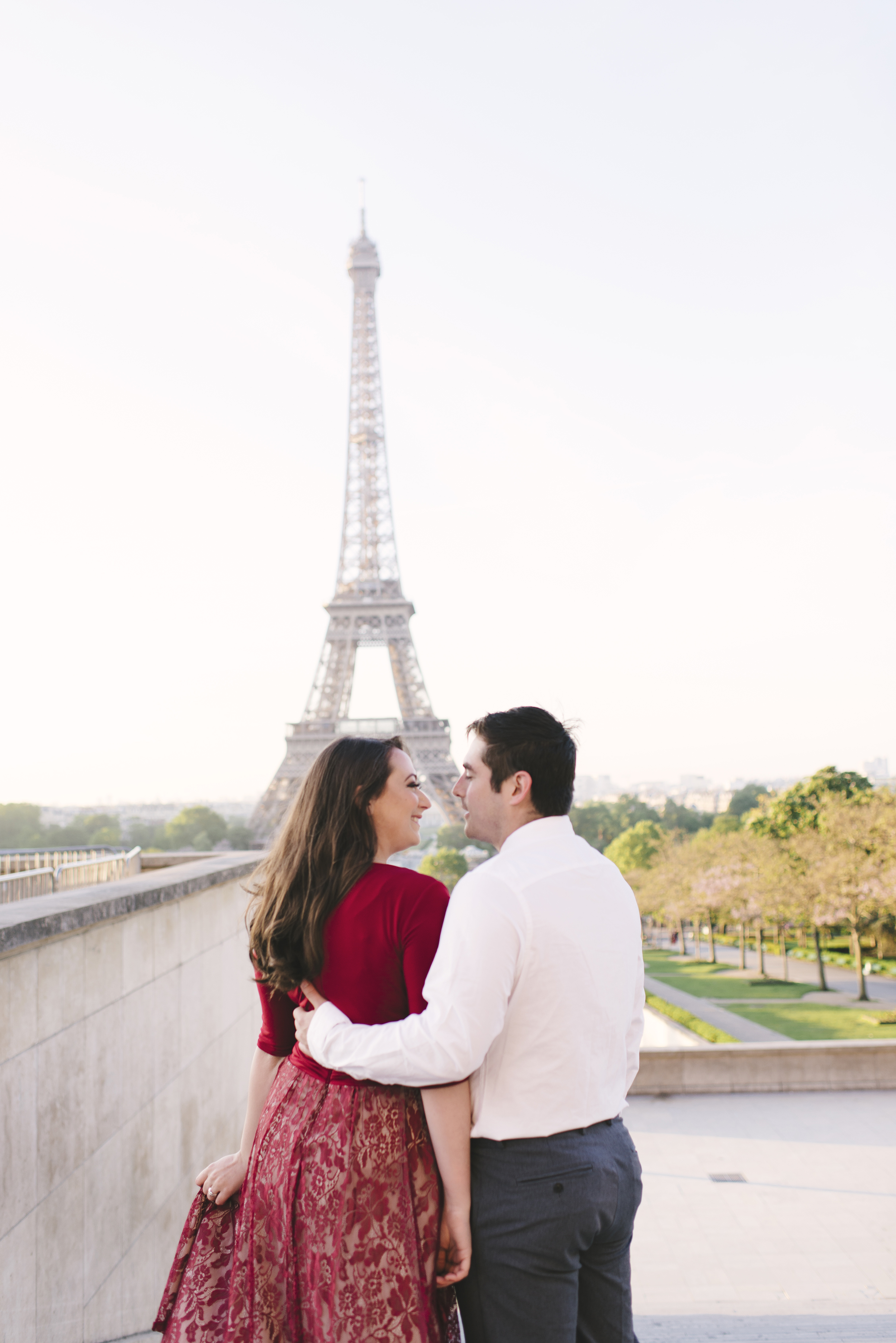 Couple-photoshoot-Anniversary-Paris-Eiffel-Tower-Trocadero023.jpg