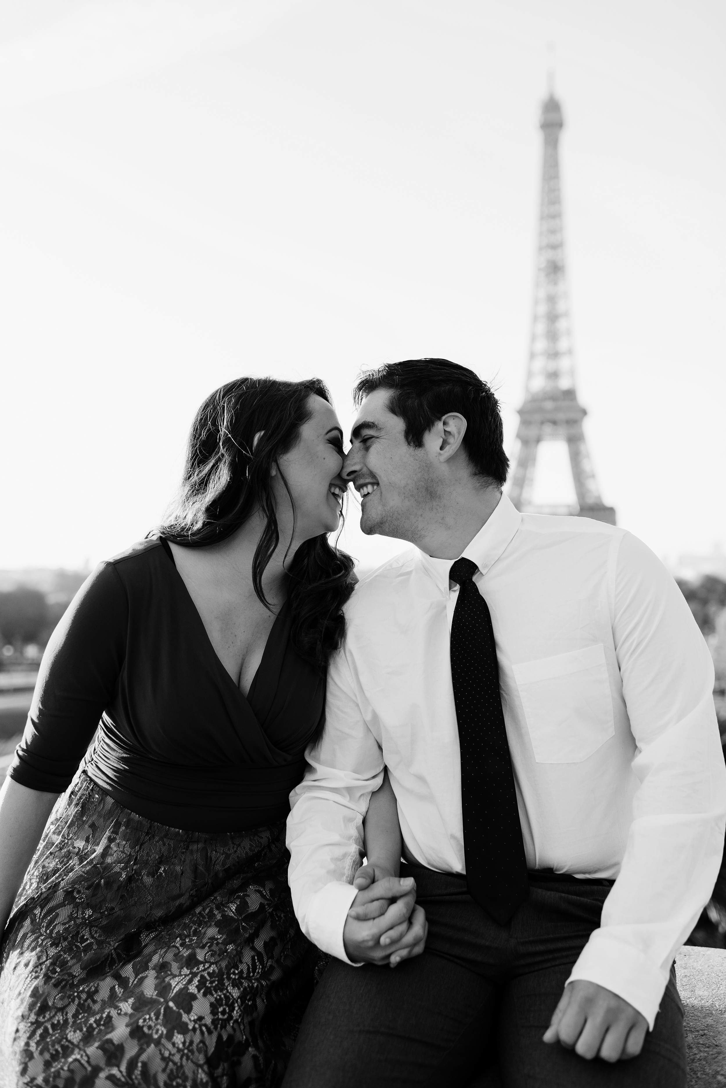 Couple-photoshoot-Anniversary-Paris-Eiffel-Tower-Trocadero034.jpg