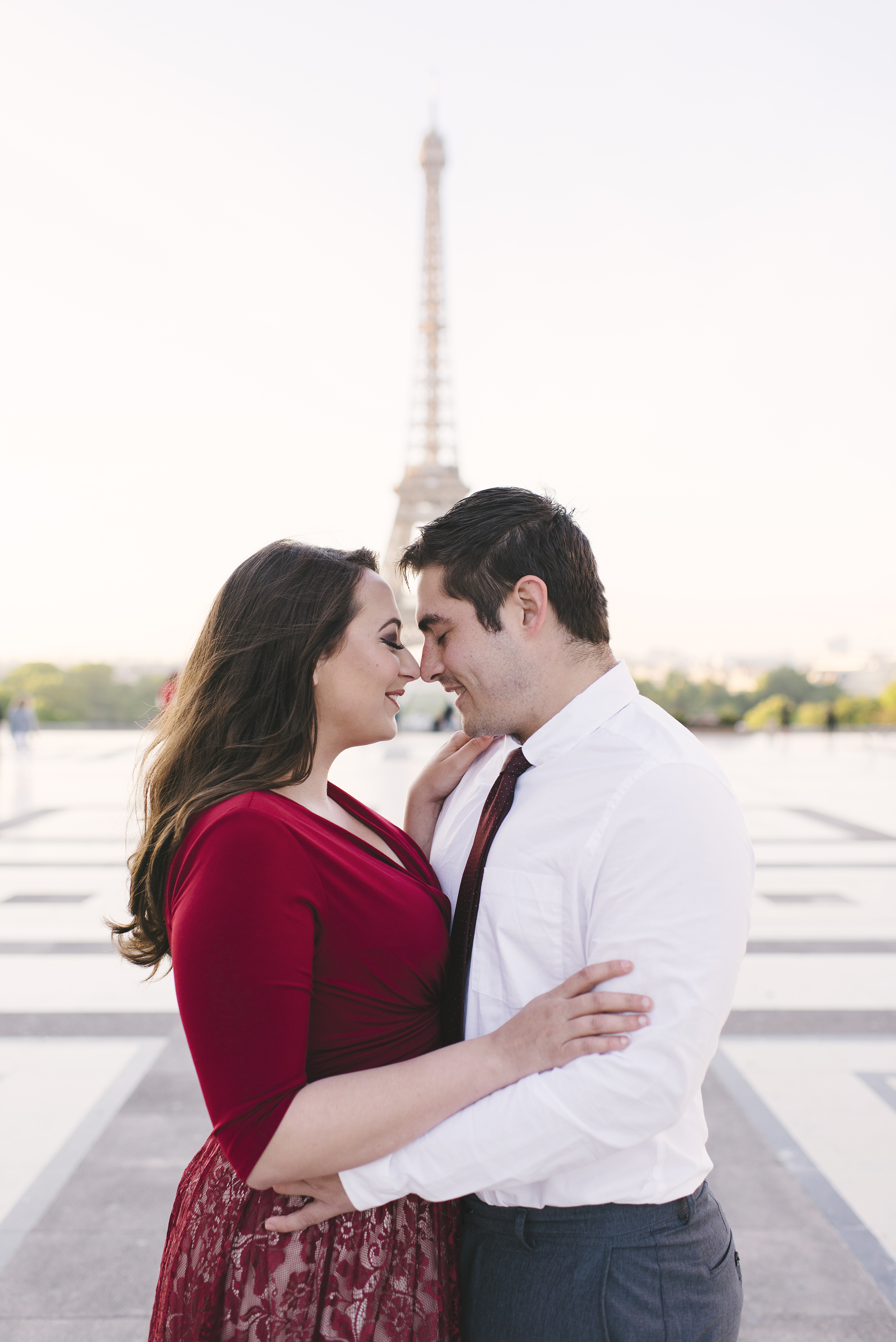 Couple-photoshoot-Anniversary-Paris-Eiffel-Tower-Trocadero013.jpg