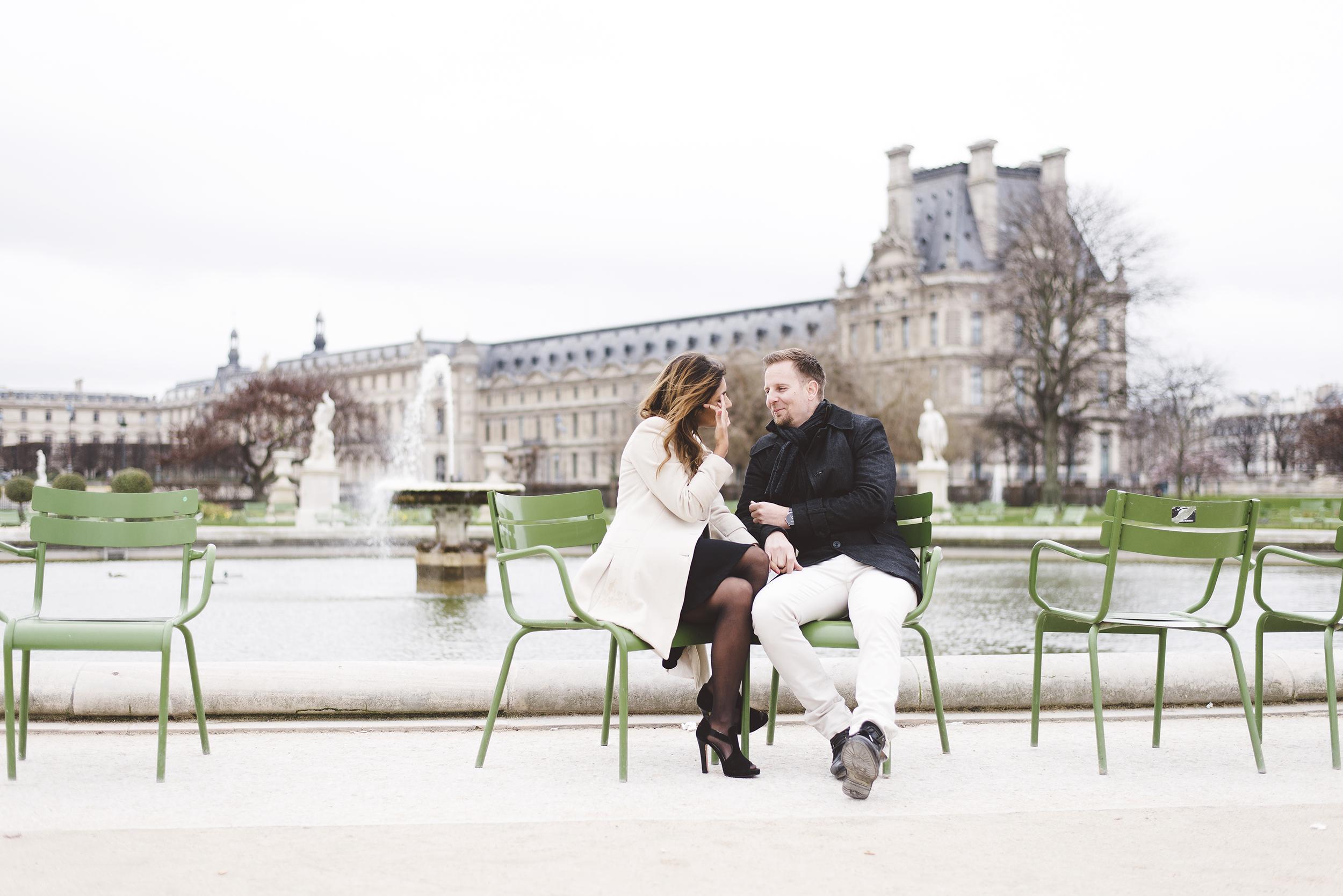 Couple-photoshoot-Anniversary-Paris-Louvre-Tuileries002.jpg