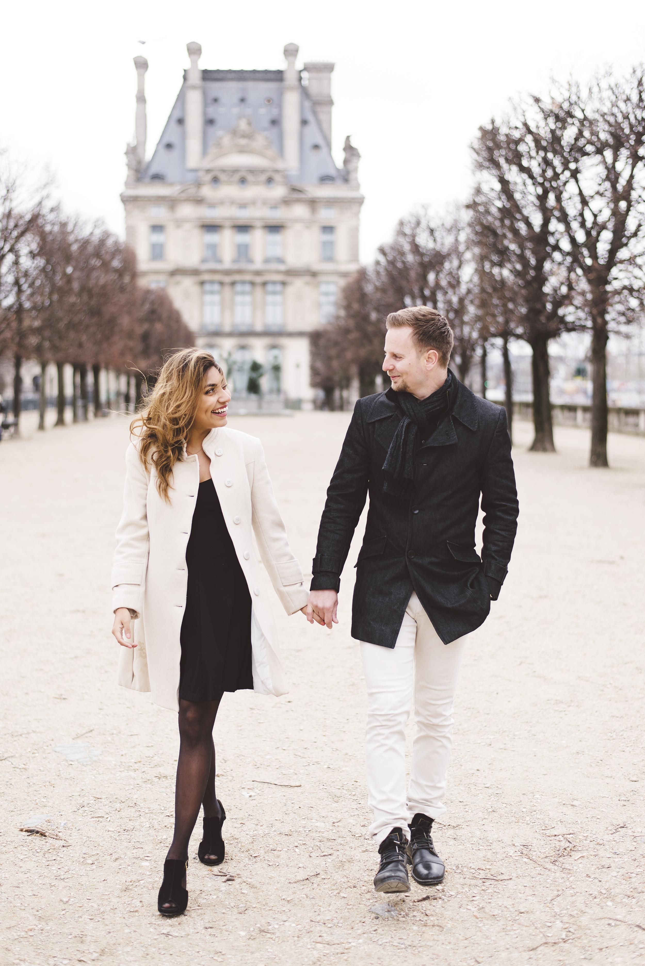 Couple-photoshoot-Anniversary-Paris-Louvre-Tuileries042.jpg