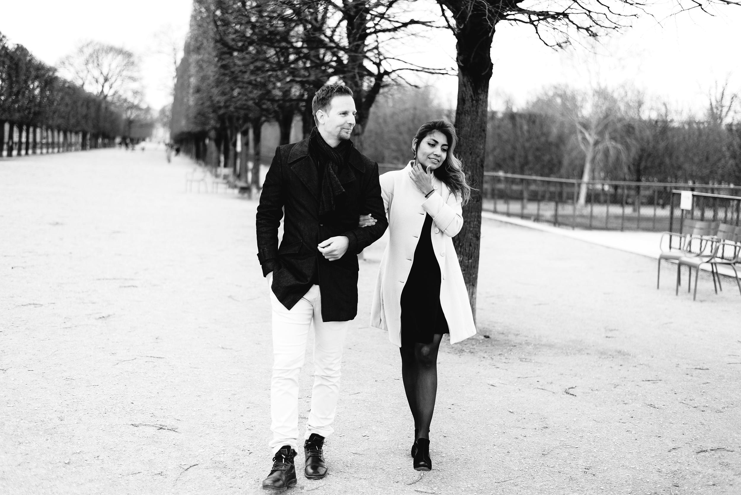 Couple-photoshoot-Anniversary-Paris-Louvre-Tuileries065.jpg