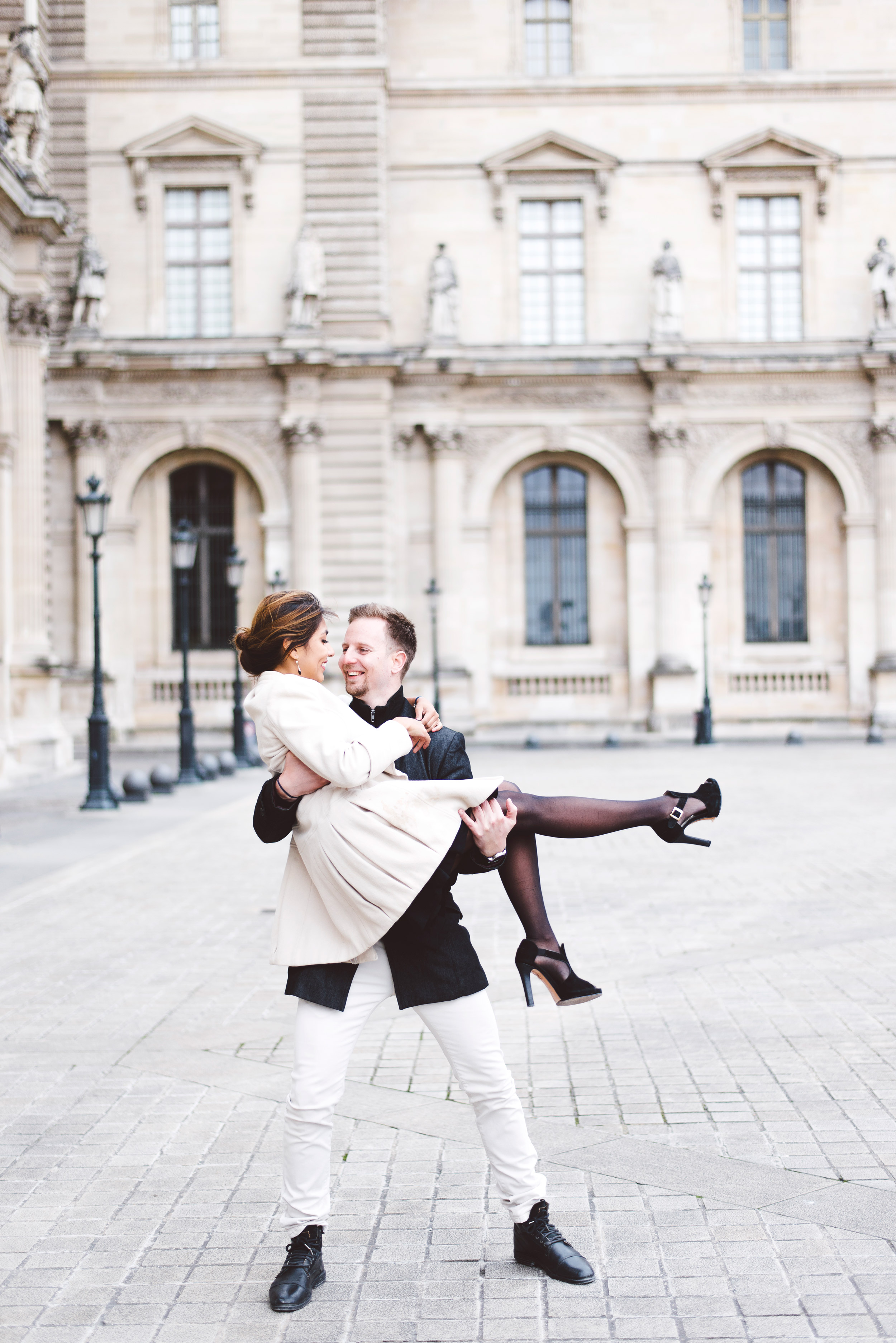 Couple-photoshoot-Anniversary-Paris-Louvre-Tuileries085.jpg