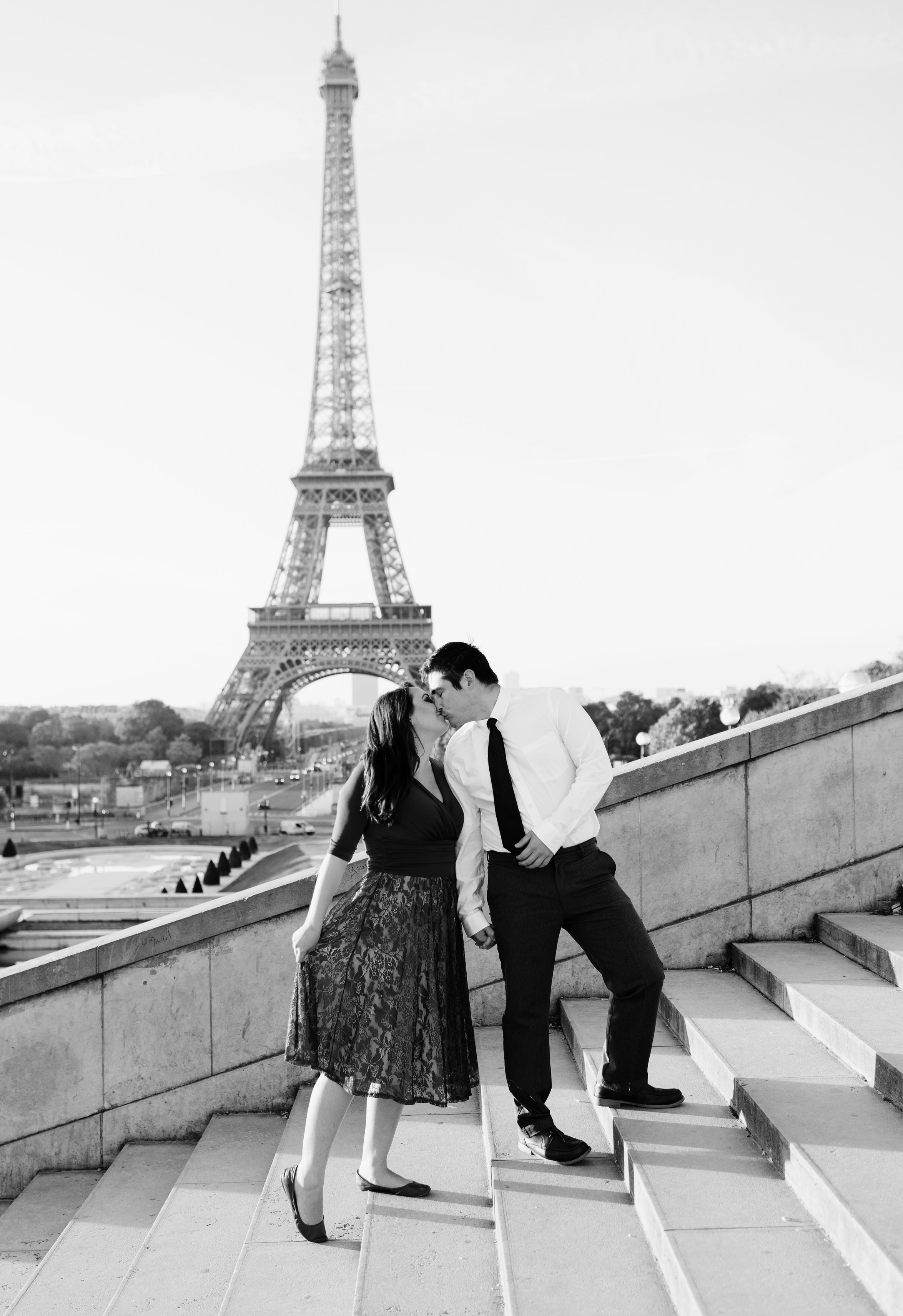 Couple-photoshoot-Anniversary-Paris-Eiffel-Tower-Trocadero039.jpg