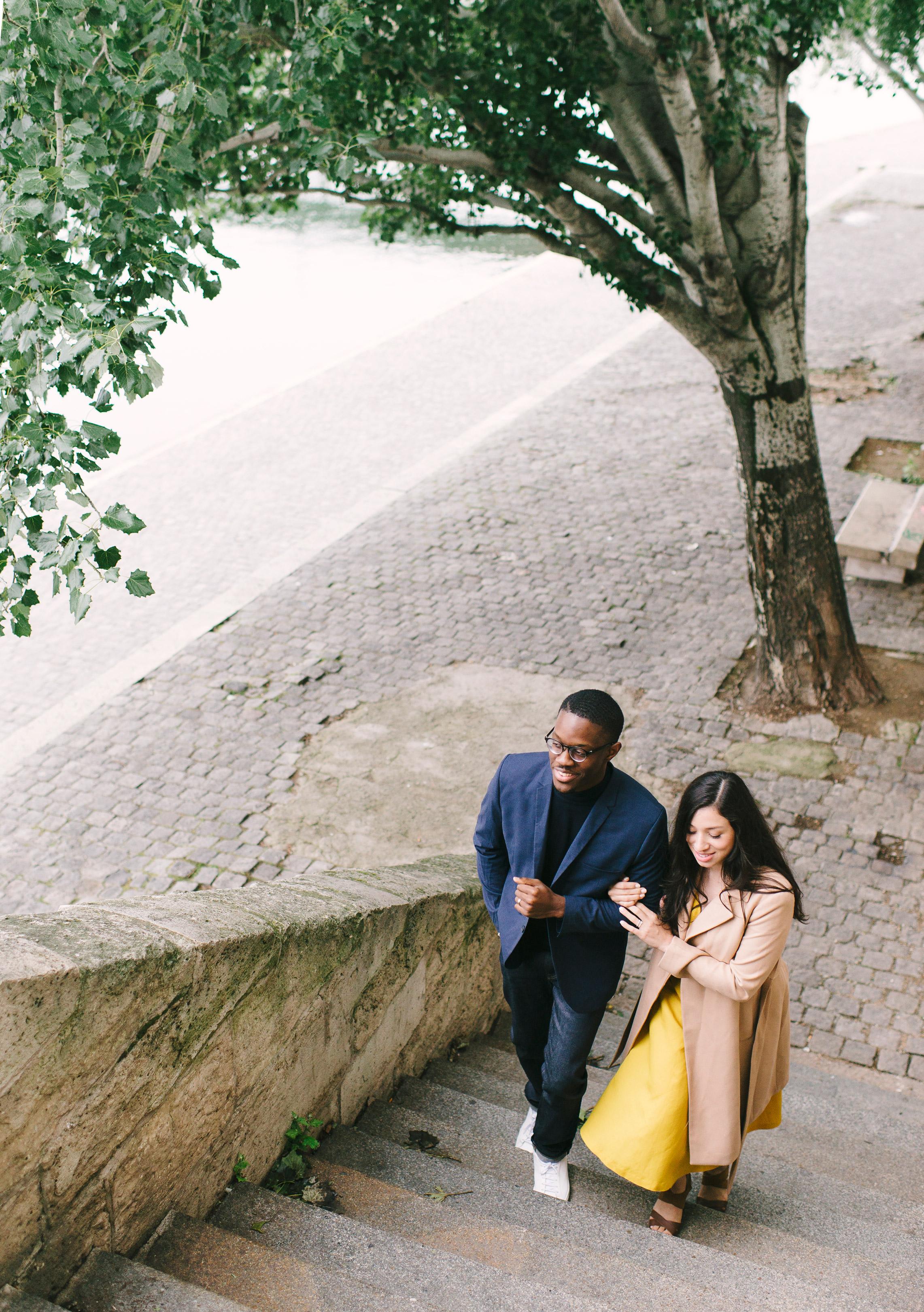 Couple-photoshoot-Paris-Pont-des-arts-Louvre-PalaisRoyale-013.jpg