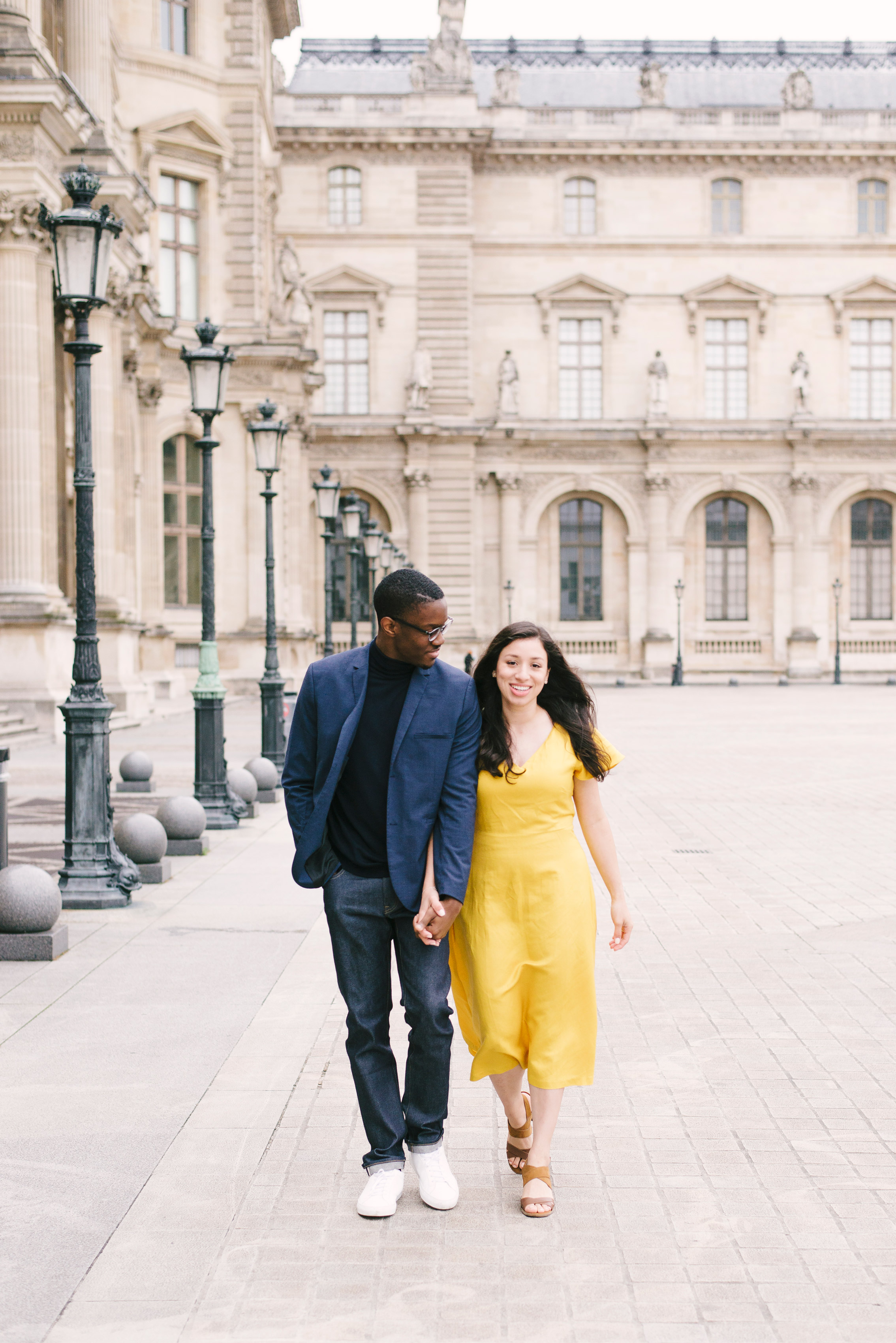 Couple-photoshoot-Paris-Pont-des-arts-Louvre-PalaisRoyale-061.jpg