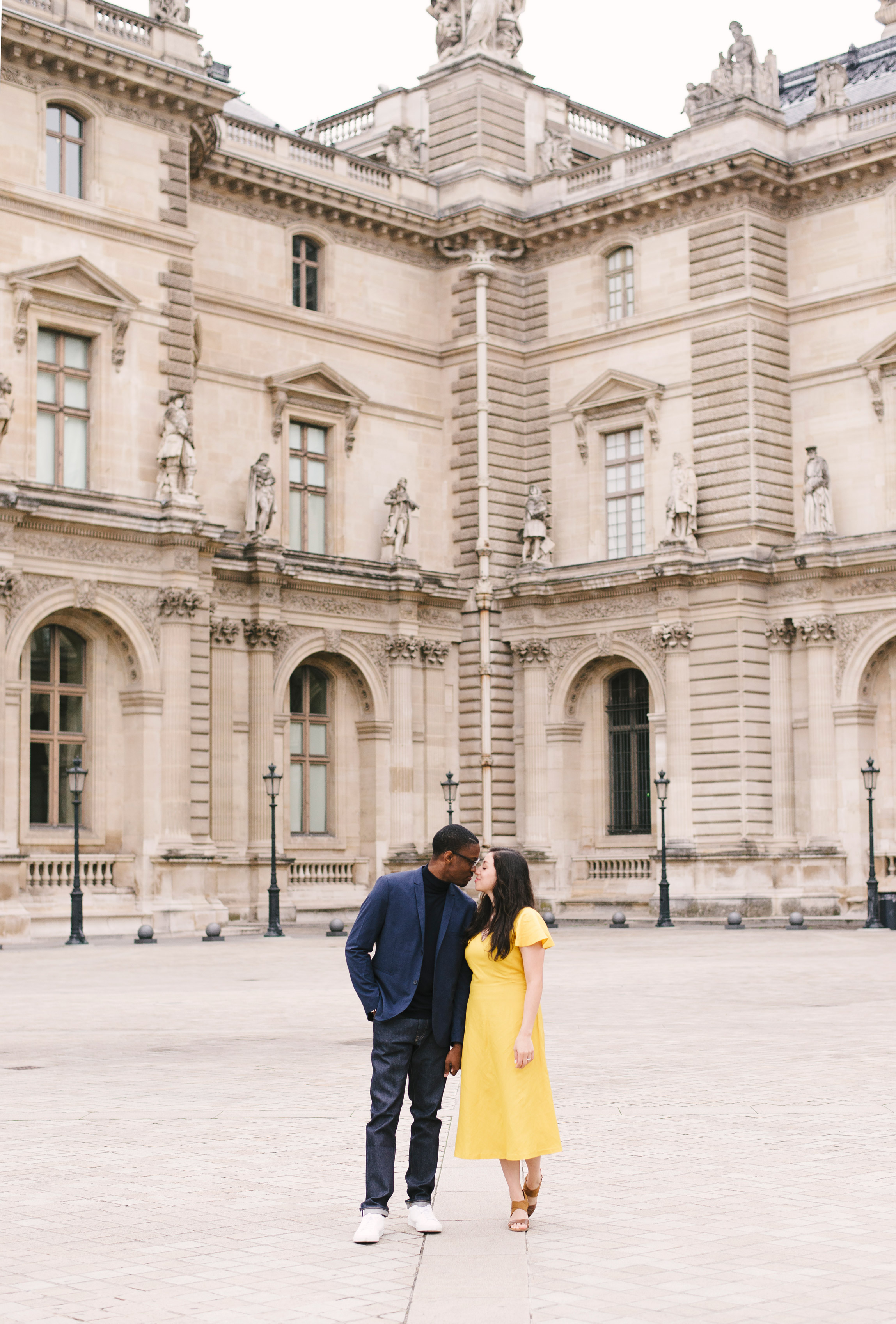 Couple-photoshoot-Paris-Pont-des-arts-Louvre-PalaisRoyale-064.jpg