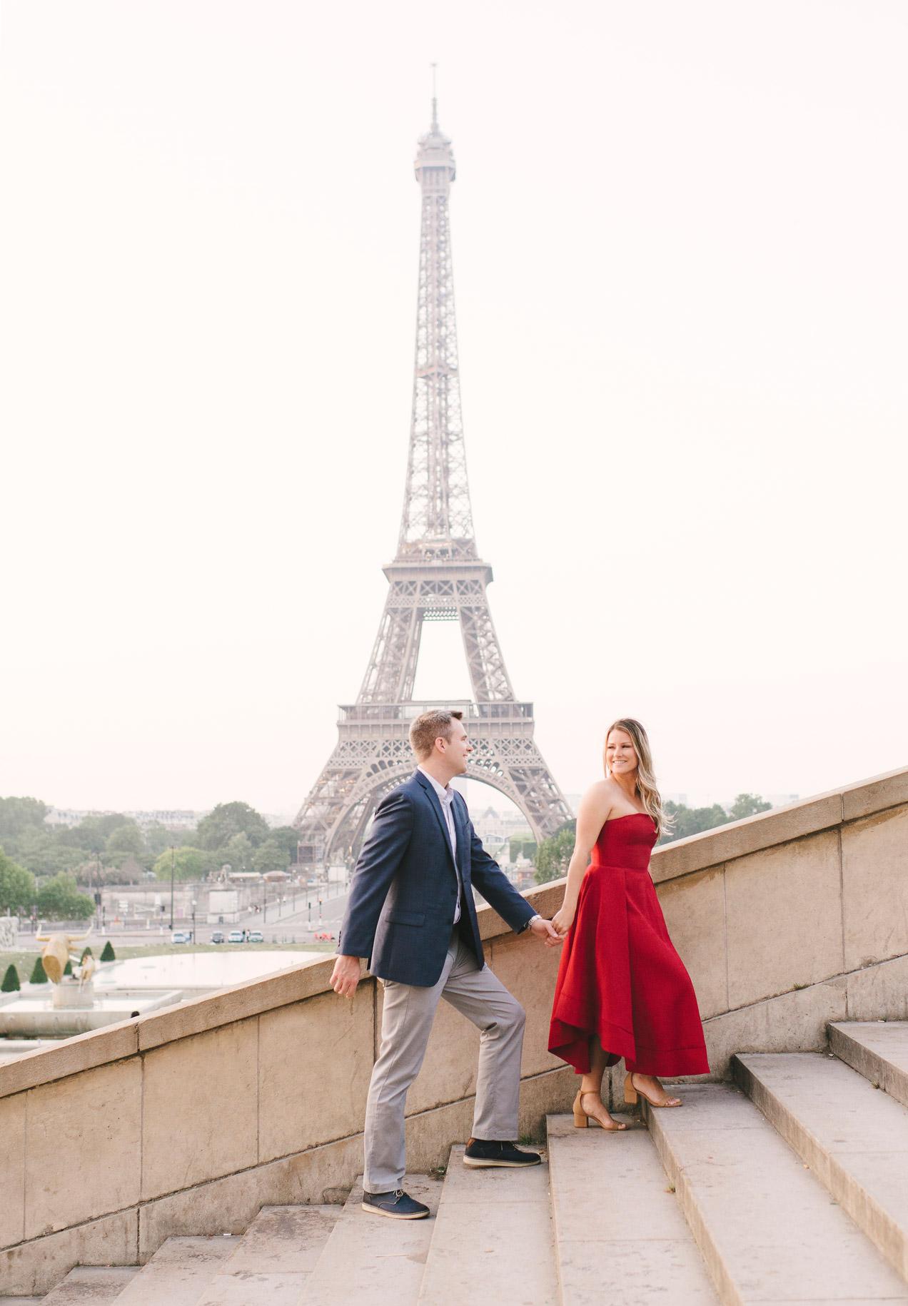 Couple-portrait-session-Paris-EiffelTower-Seine-Cafe009.jpg