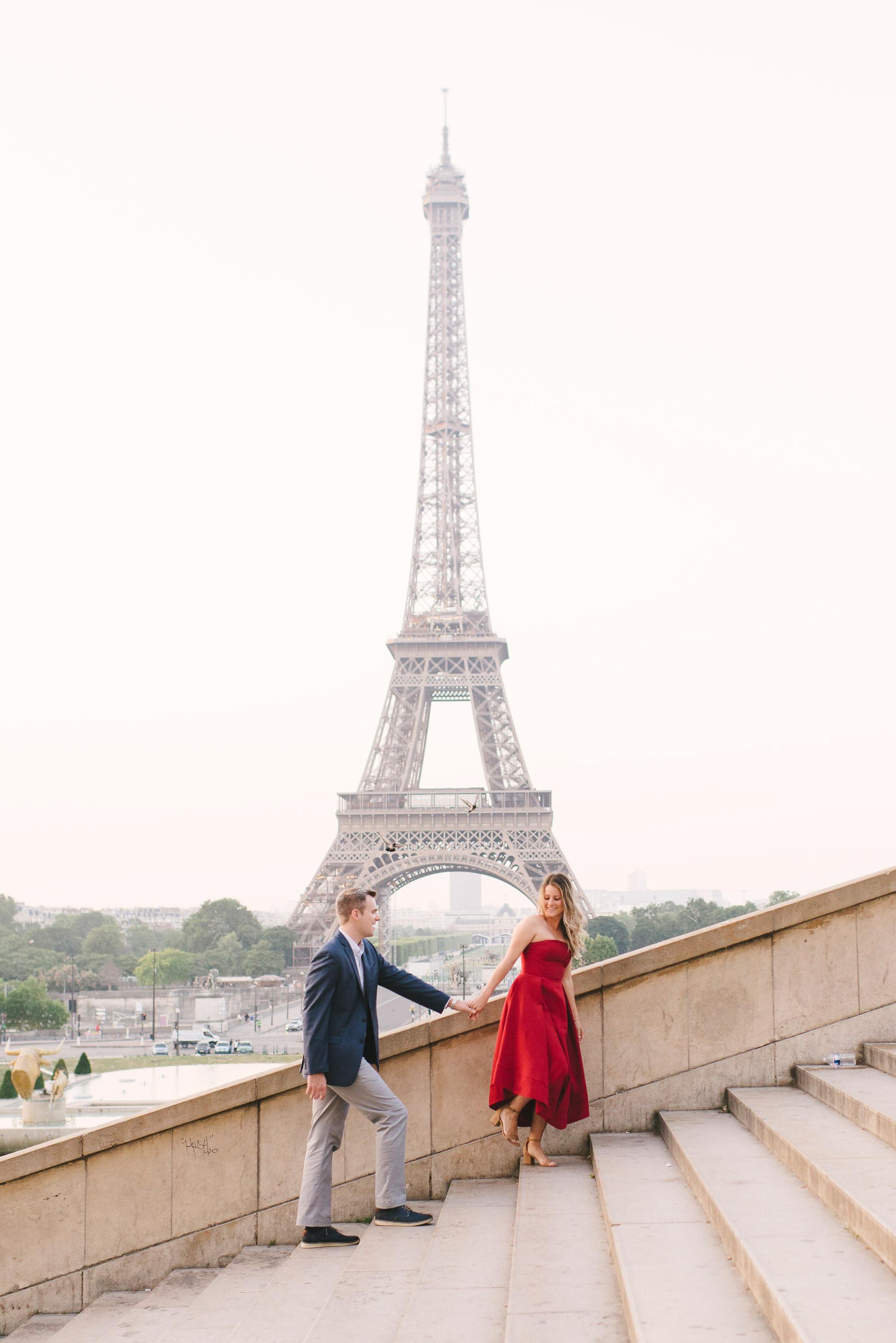 Couple-portrait-session-Paris-EiffelTower-Seine-Cafe019.jpg