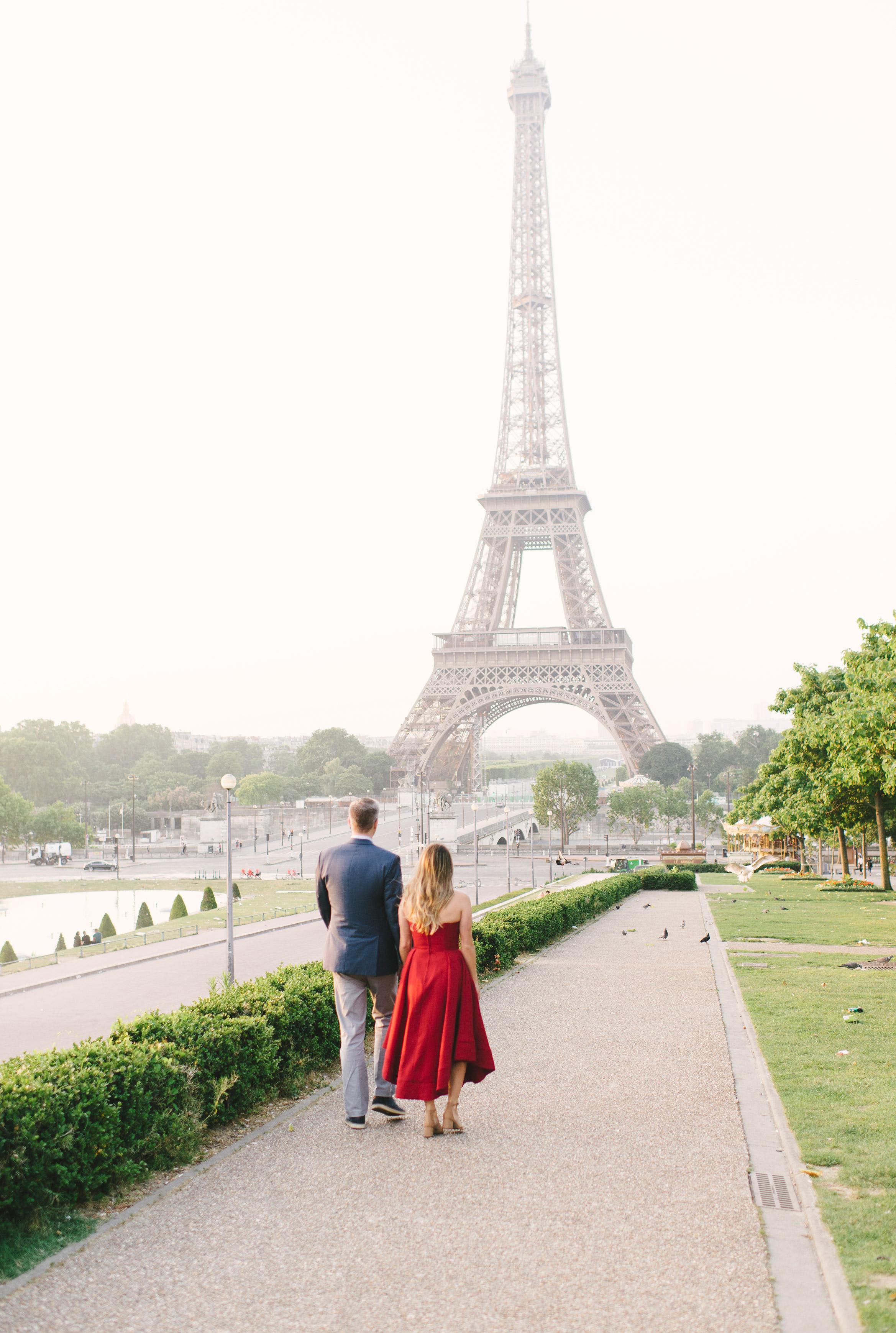 Couple-portrait-session-Paris-EiffelTower-Seine-Cafe045.jpg