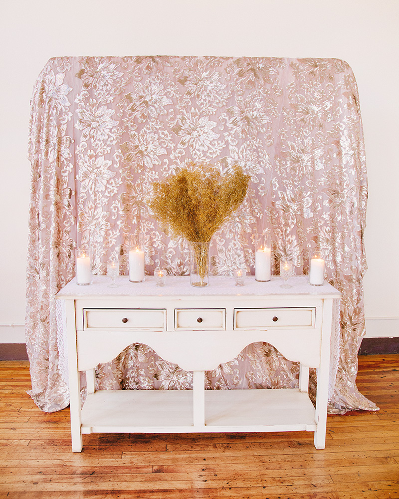 lily-fabric-ceremony-altar-0001ed-web.jpg