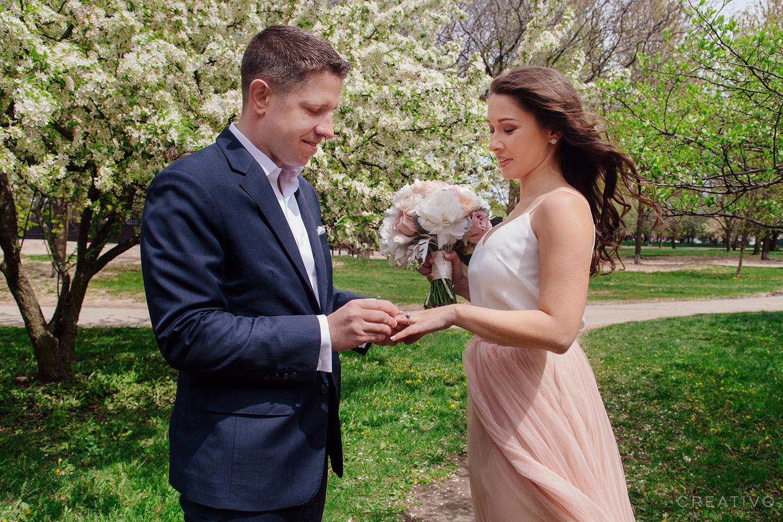 03-HollyBill-spring-elopement-Chicago.jpg