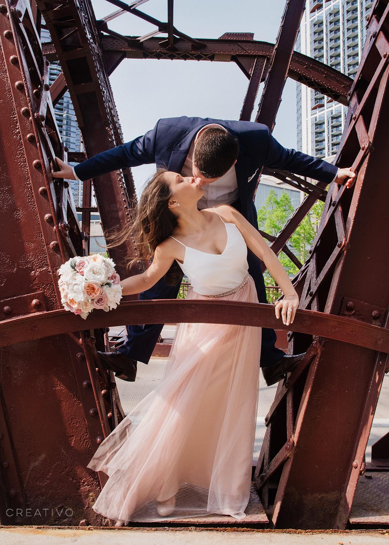 10-HollyBill-spring-elopement-Chicago.jpg