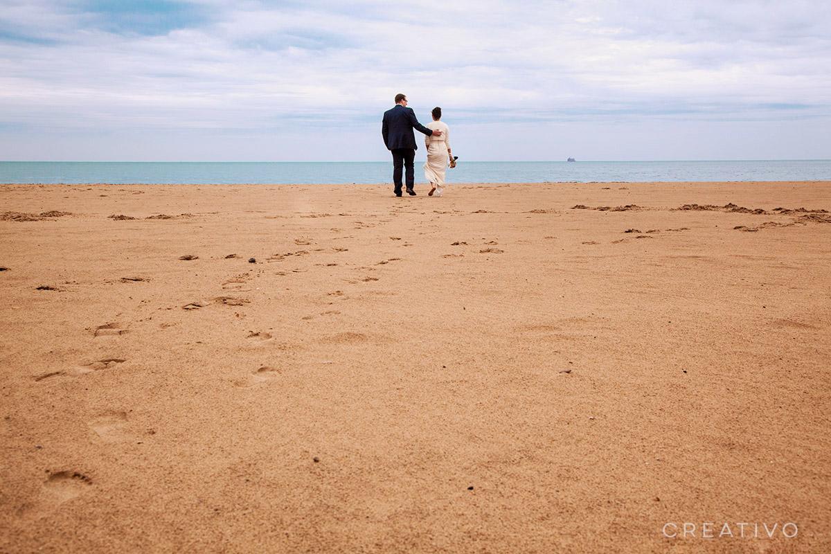 1. Beach elopement in Chicago at Lake Michigan shore