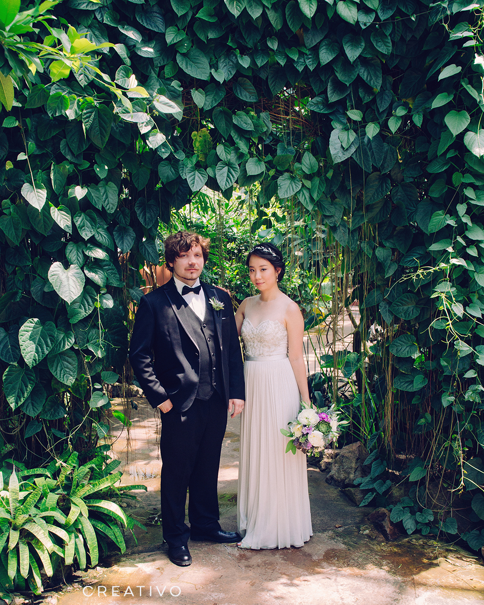 17. Greenhouse garden elopement at one of Chicago's historic nature conservatories
