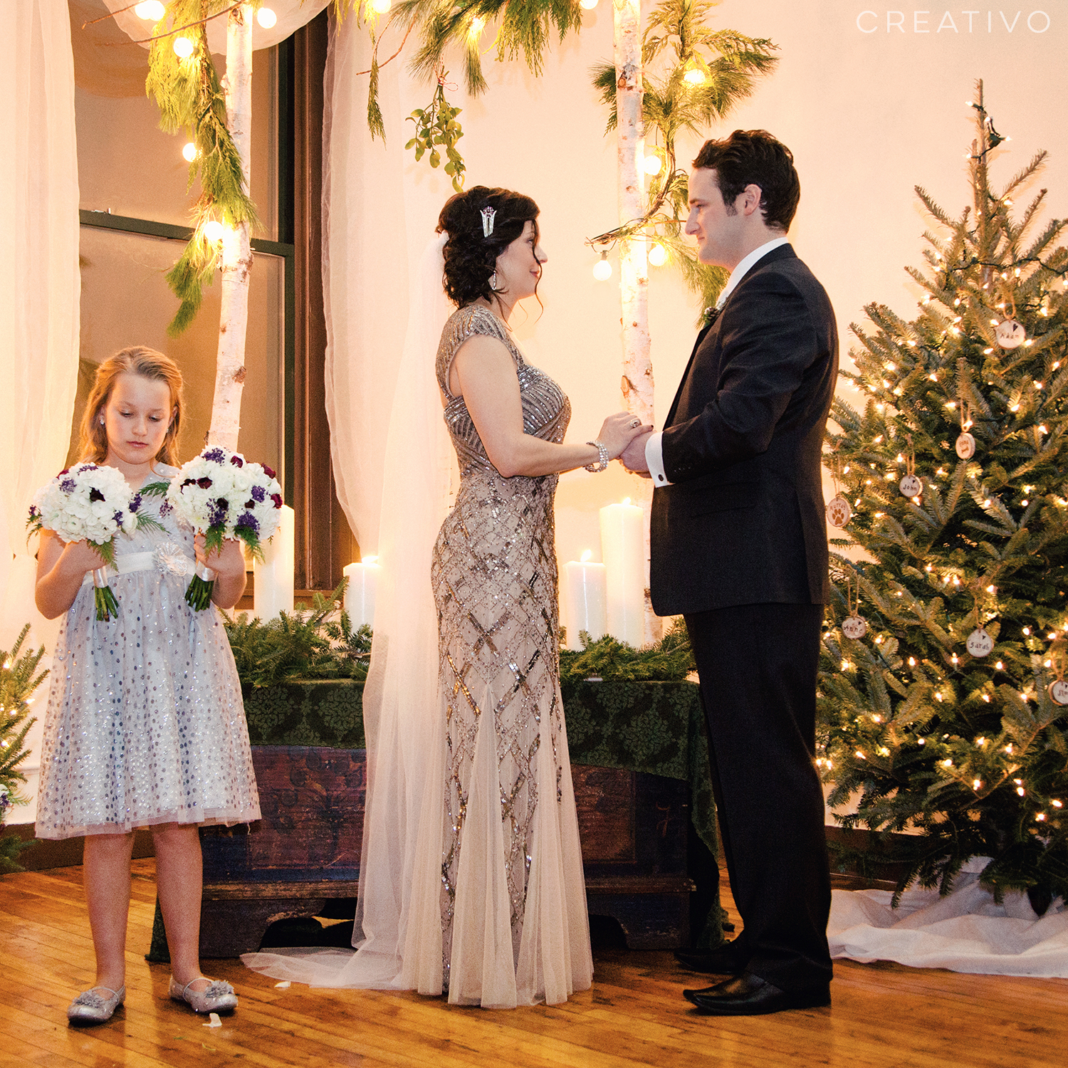 29. Holiday season elopement …. couples who are having trouble getting relatives to gather other times of the year can plan a wedding date before or after a the family holiday celebration when at least your closest family members will be gathered in town