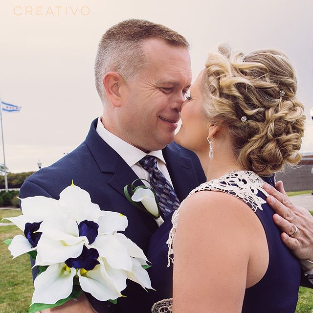 Love found later in life is a special kind of sweet. #chicagoelopement #midlifemarriage #elopement #vowrenewal #secondmarriage #chicagoelopementphotographer #weddingkiss #elopementlove #elopementwedding