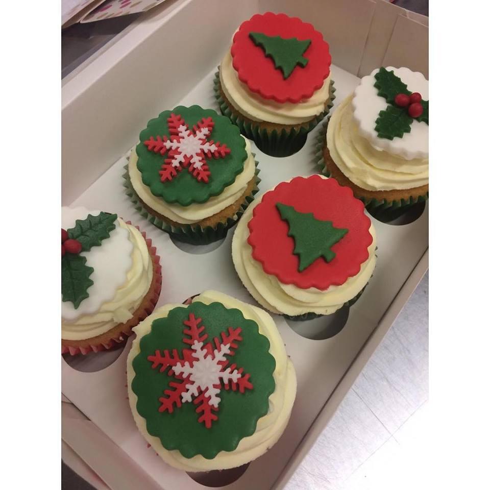 christmascupcakes.jpg