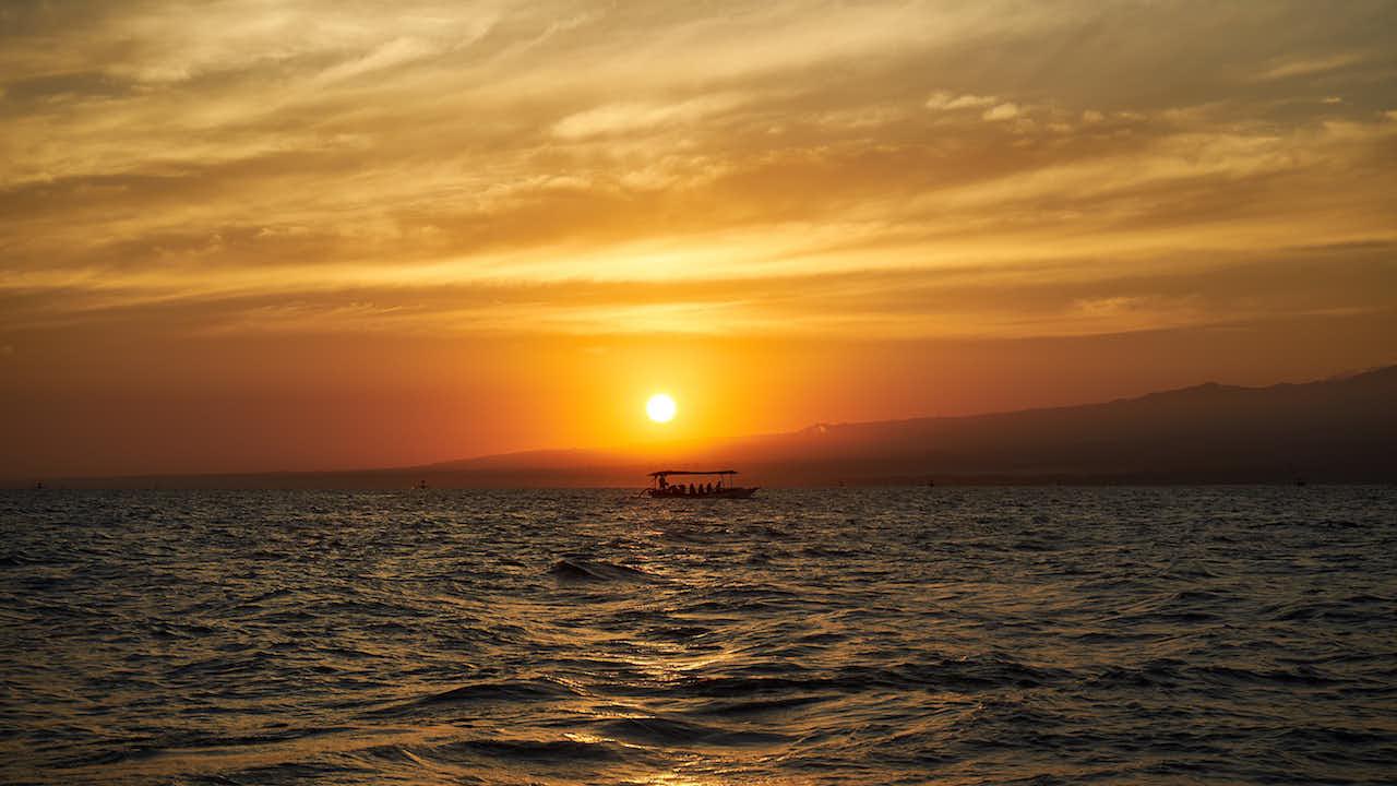 Sunrise an Lovinas Küste #Fire