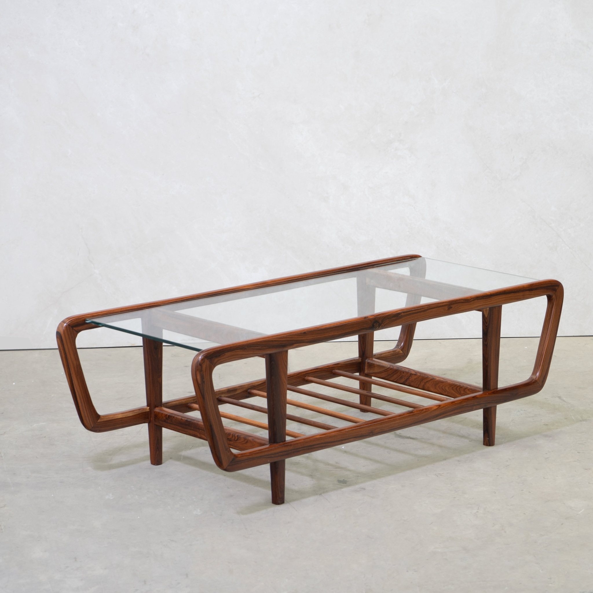 coffee table   table -