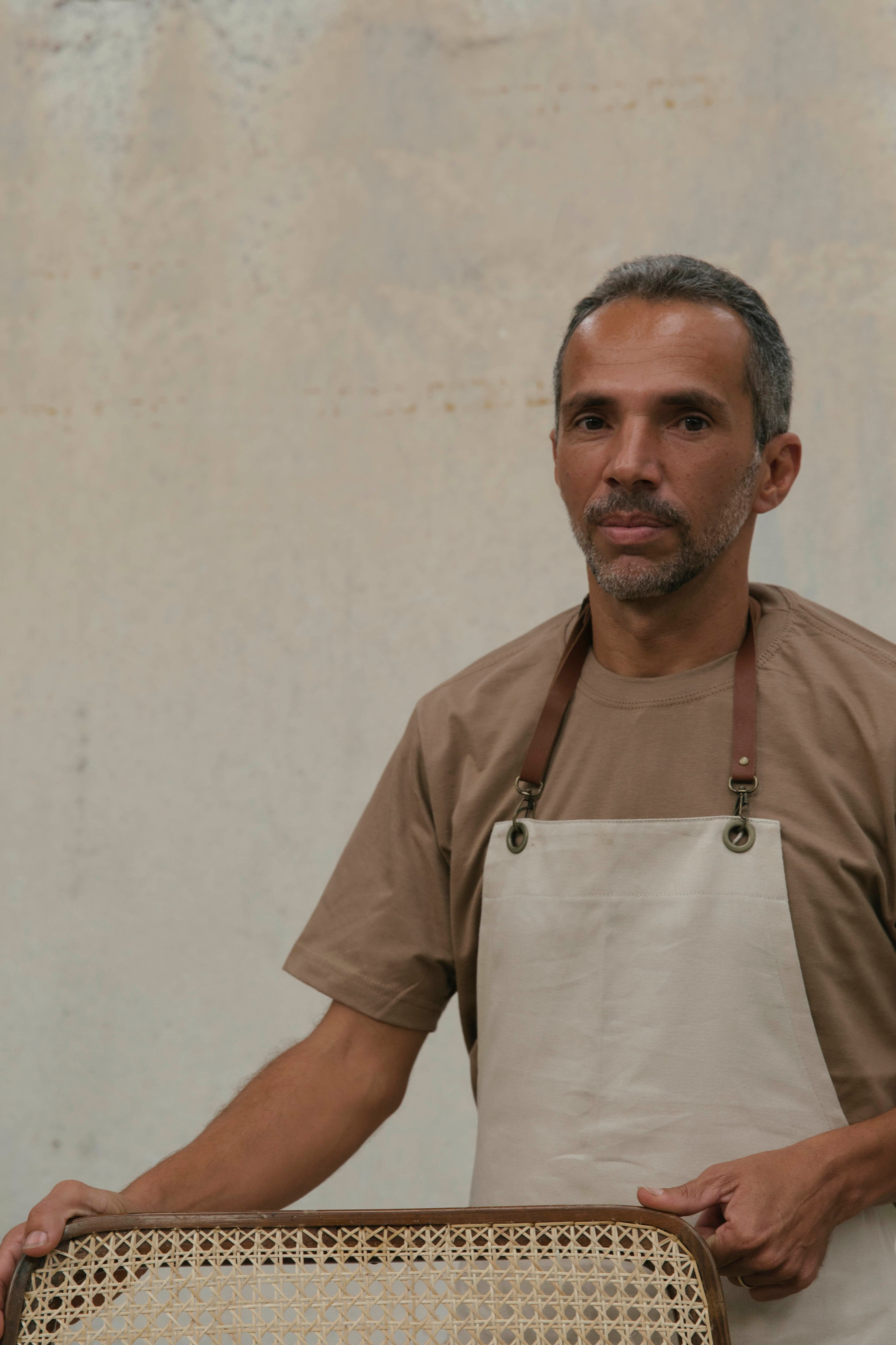 Ataíde Ferreira, 47 years old. Responsible for the straw restoration in our vintage collection.