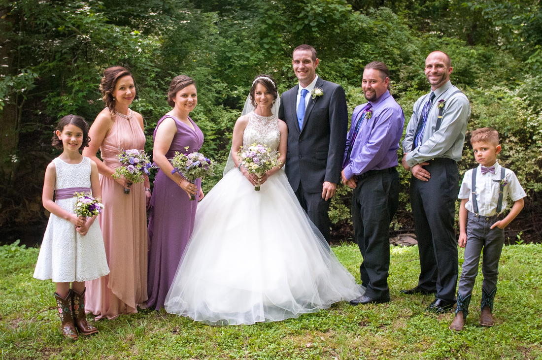 The full bridal party - love the style and colors!!