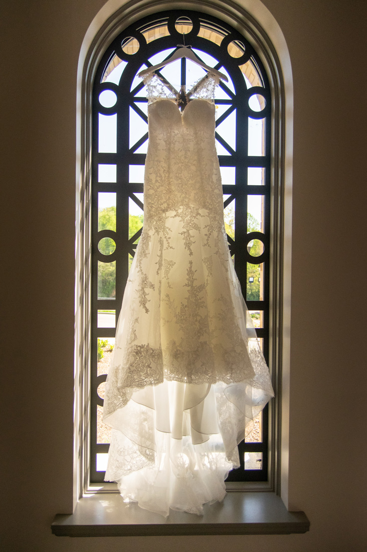 Such a lovely wedding gown!