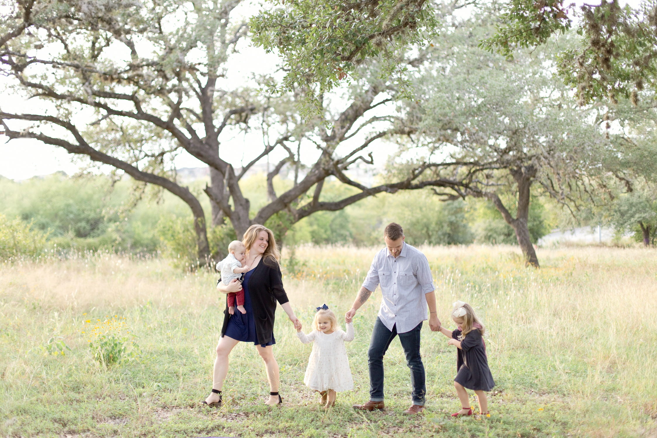 San Antonio Boerne Texas Hill Country Wedding Family Photographer Family Photo Session Pictures