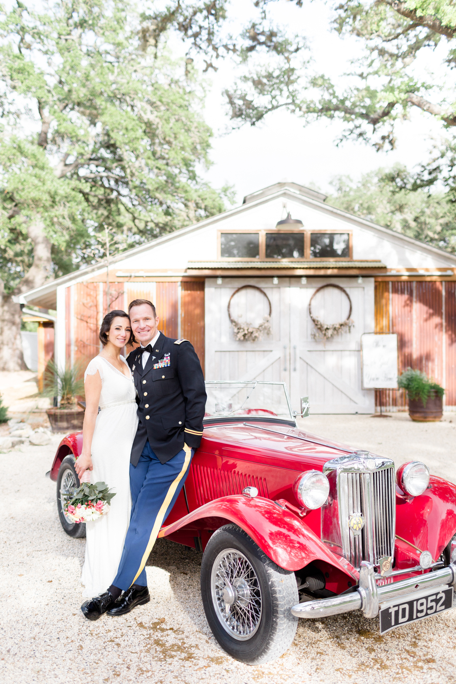 San Antonio Texas Wedding Engagement Photographer Photography Hill Country Oaks At Boerne Spring Wedding San Antonio photographer 41