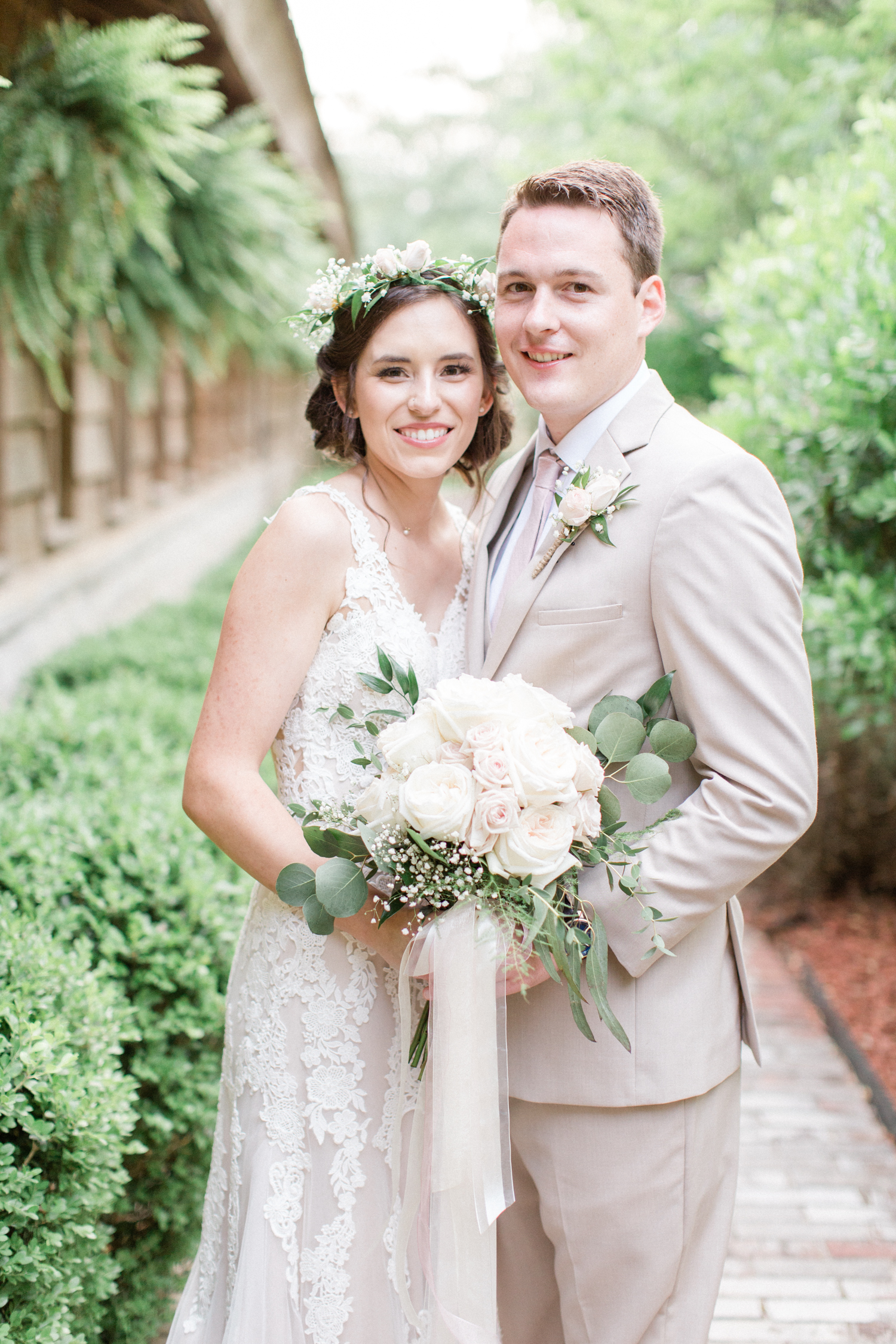 San Antonio Texas Wedding Engagement Photographer Photography Hill Country Texas Old Town Red Bud Hall Summer Blush Ivory Tan Rustic Classic Elegant Wedding San Antonio Austin Texas photographer 53