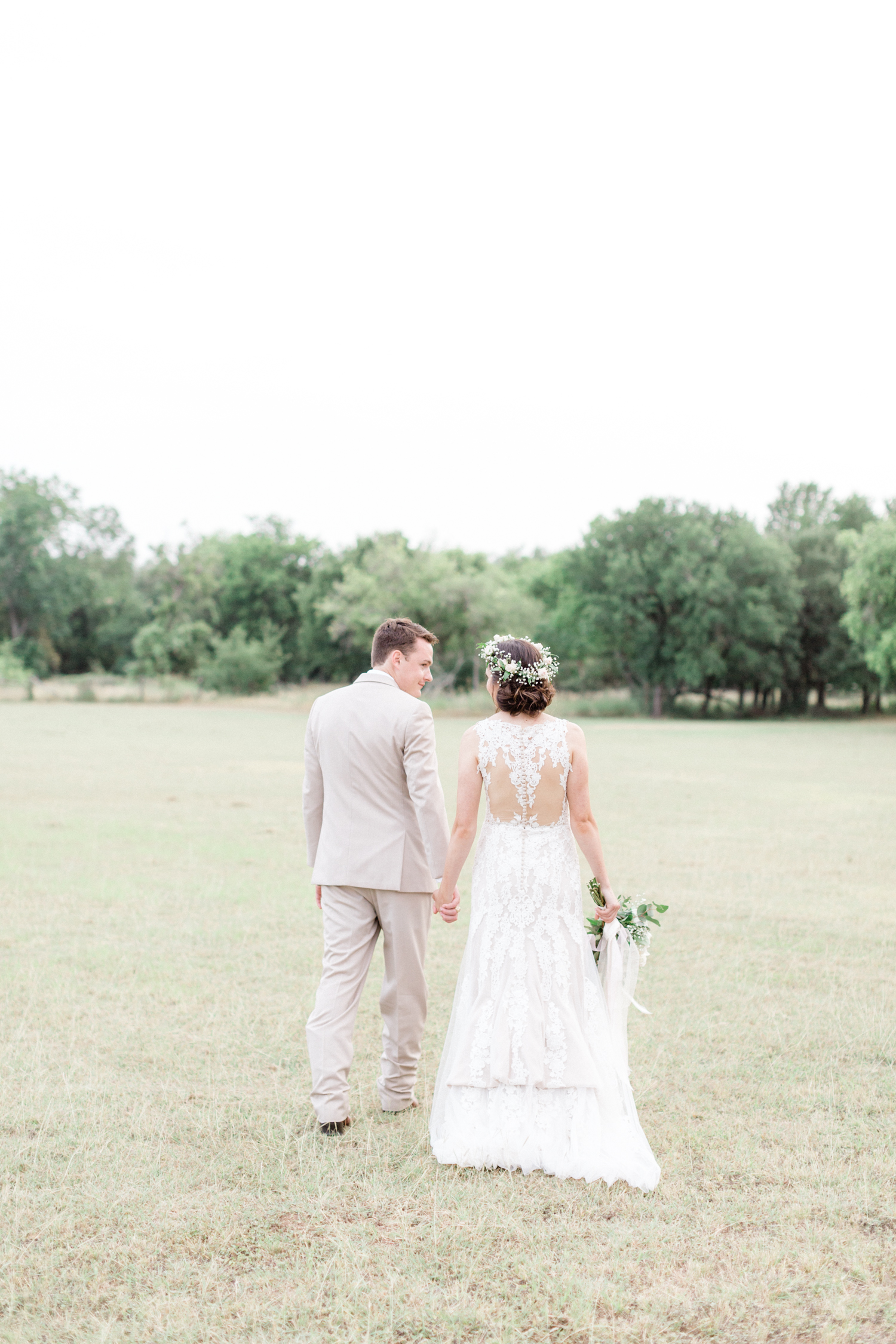 San Antonio Texas Wedding Engagement Photographer Photography Hill Country Texas Old Town Red Bud Hall Summer Blush Ivory Tan Rustic Classic Elegant Wedding San Antonio Austin Texas photographer 63