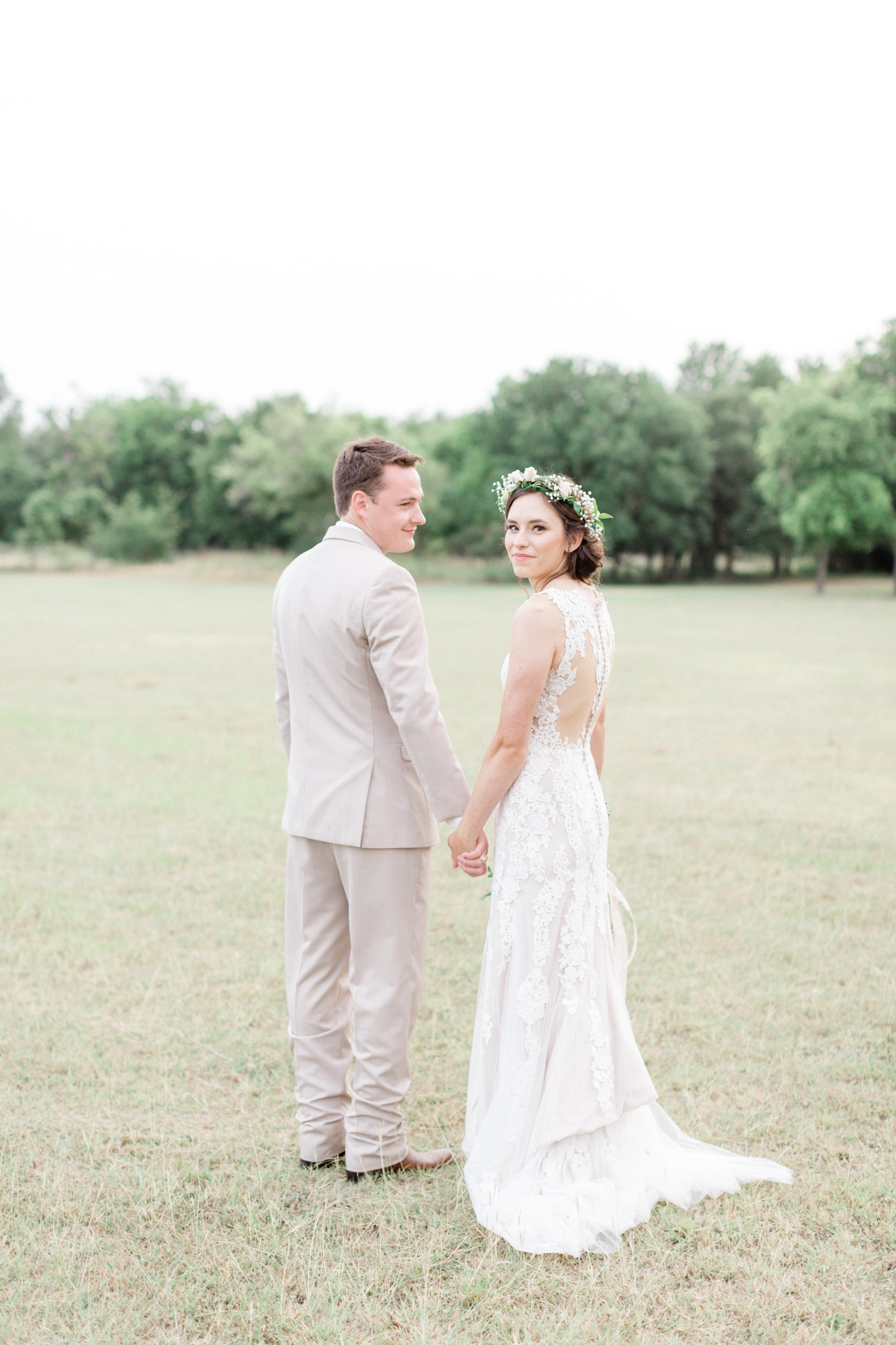 San Antonio Texas Wedding Engagement Photographer Photography Hill Country Texas Old Town Red Bud Hall Summer Blush Ivory Tan Rustic Classic Elegant Wedding San Antonio Austin Texas photographer 65