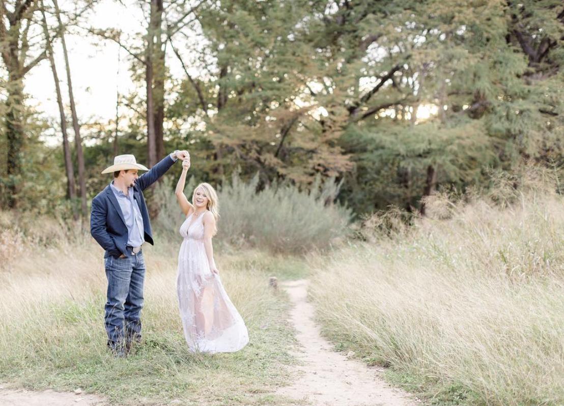 Cibolo Nature Center session photographer San Antonio engagement wedding photographer Boerne photographer