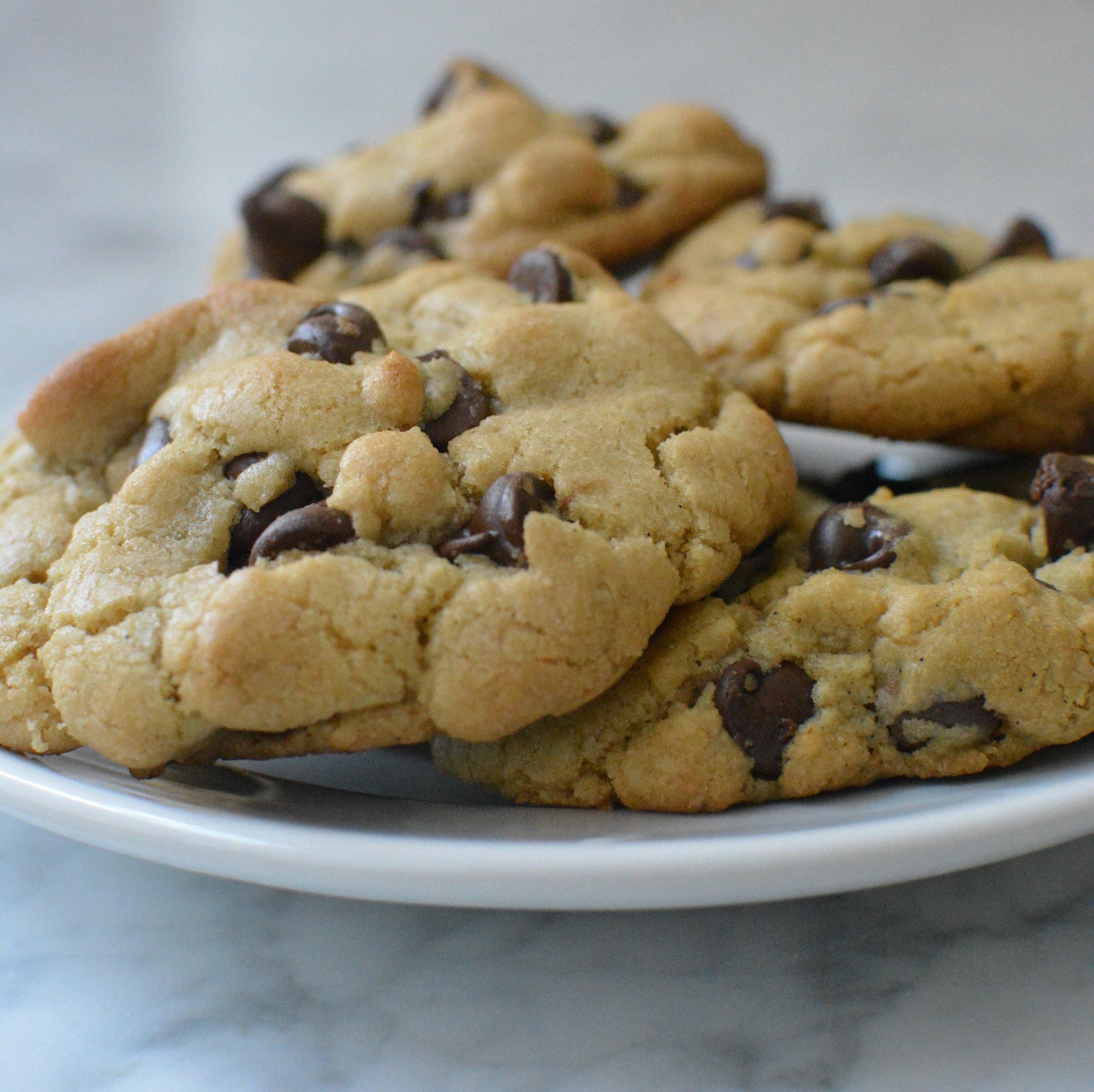 six-cookie-batch-chocolate-chip-cookies.jpg